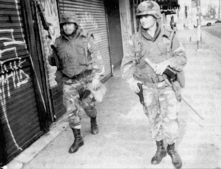الحرس الوطني الأمريكي..التاريخ والنـشأة والتأسـيس ANG40InfantryDivisionLosAngelesRiot1992