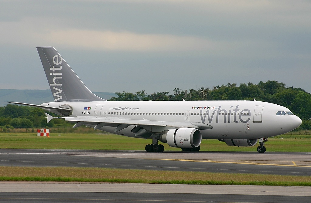 File:Airbus A310-304, White Airways JP504185.jpg - Wikimedia Commons