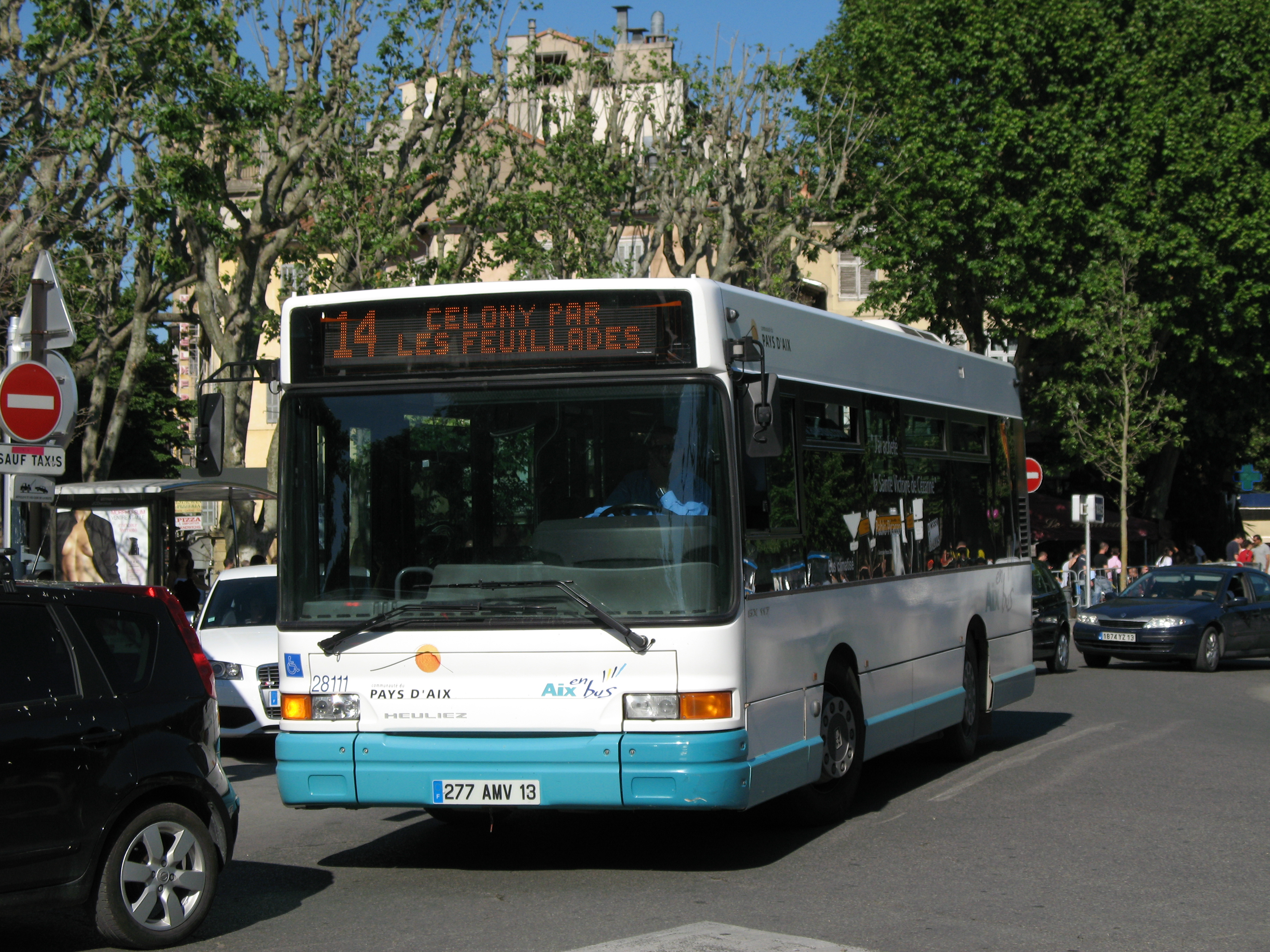 File aix en provence aix en bus heuliez gx 117 n 28111 l14 rotonde jpg wikimedia commons - Aix en provence salon bus ...