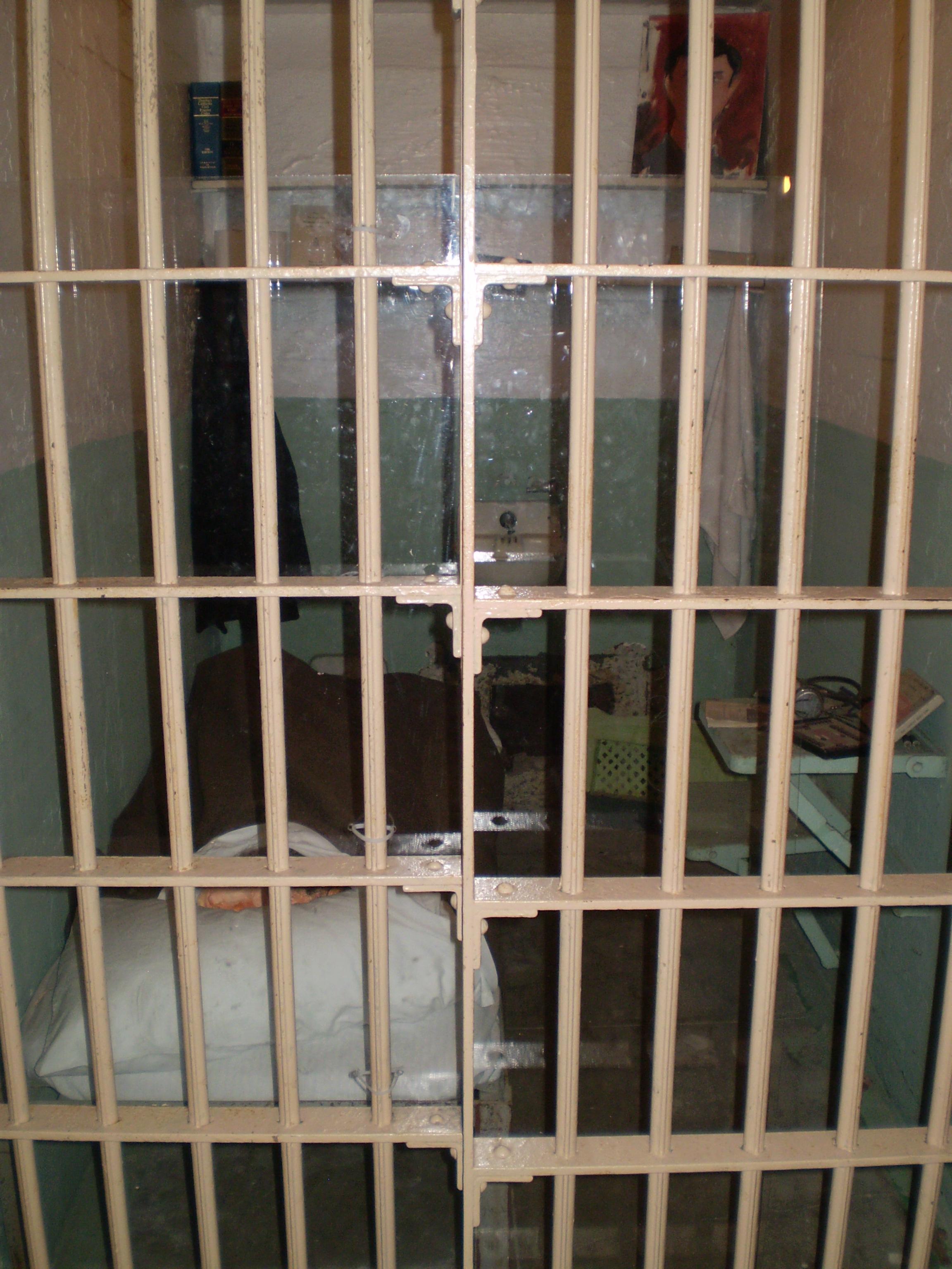 San-Francisco-Alcatraz-John-Anglin-Clarence-Anglin-Frank-Lee-Morris-Anglin-Brothers-Escape-from-Alcatraz
