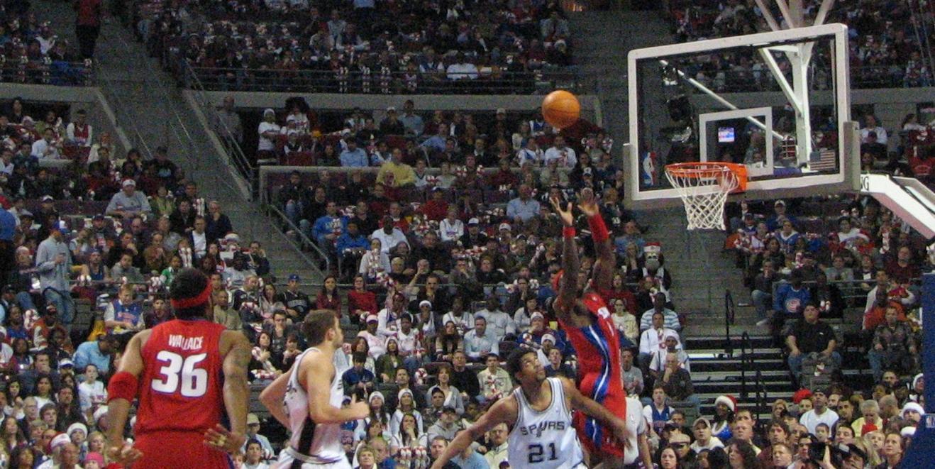 Alley Oop Basketball Alley-oop Pass to Teammate
