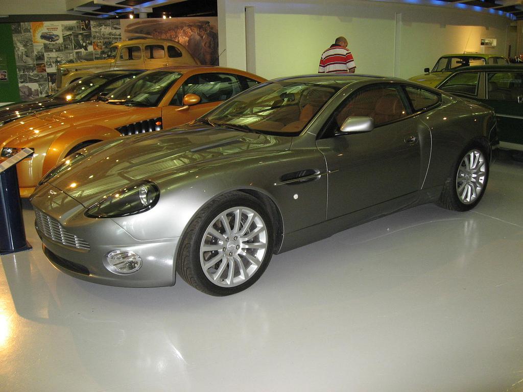 File Aston Martin Db At The British Motoring Heritage Museum Gaydon Jpg Wikimedia Commons