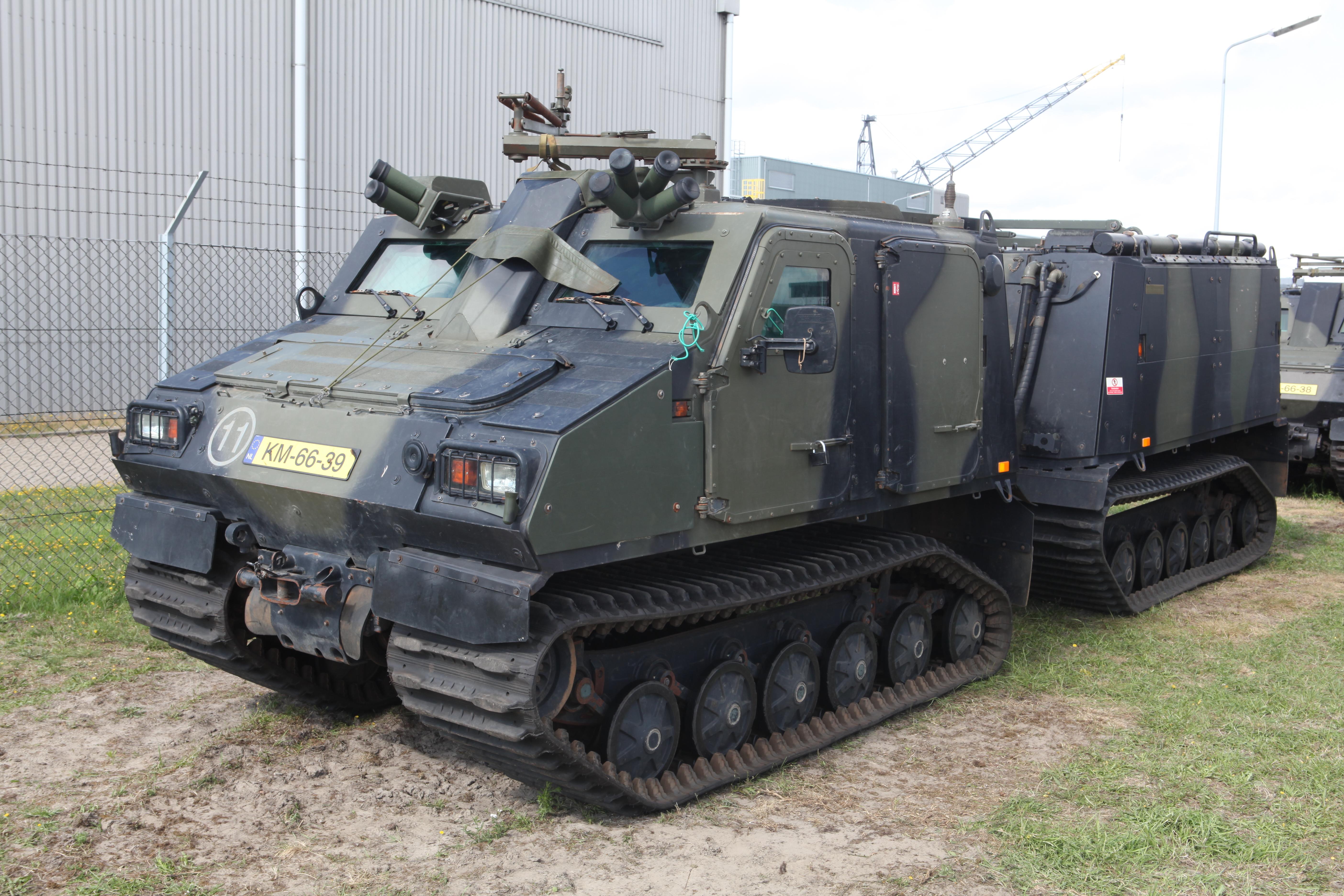 File:Bandvagn Bv206S Netherlands Marine Corps.jpg ...