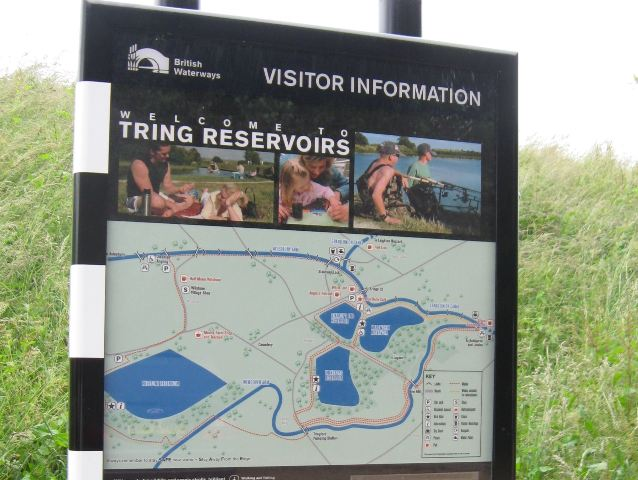 Canal and Reservoir Information - Tring Area - geograph.org.uk - 1413799