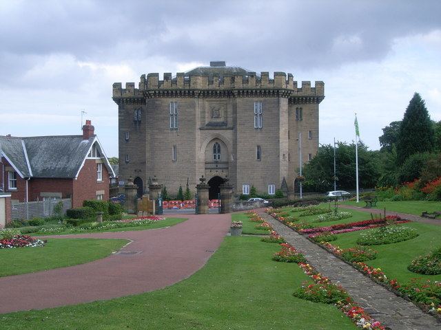 Carlisle Park - looking towards Morpeth Court - geograph.org.uk - 943737