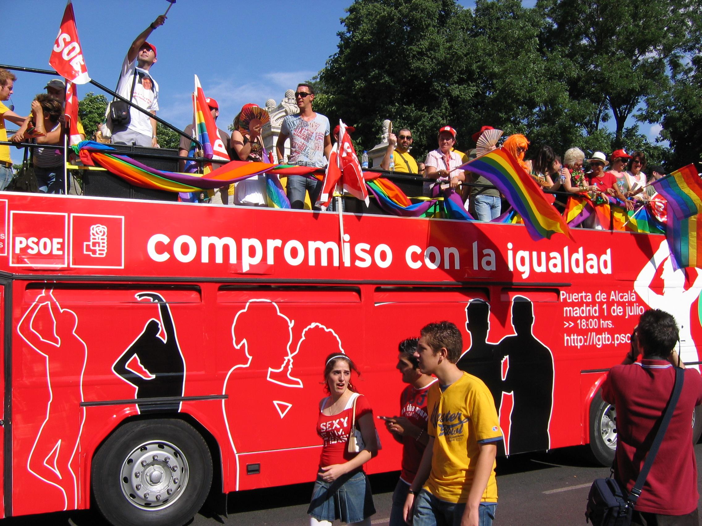 Fotos: El Orgullo Gay 2017 calienta motores, en imágenes ...