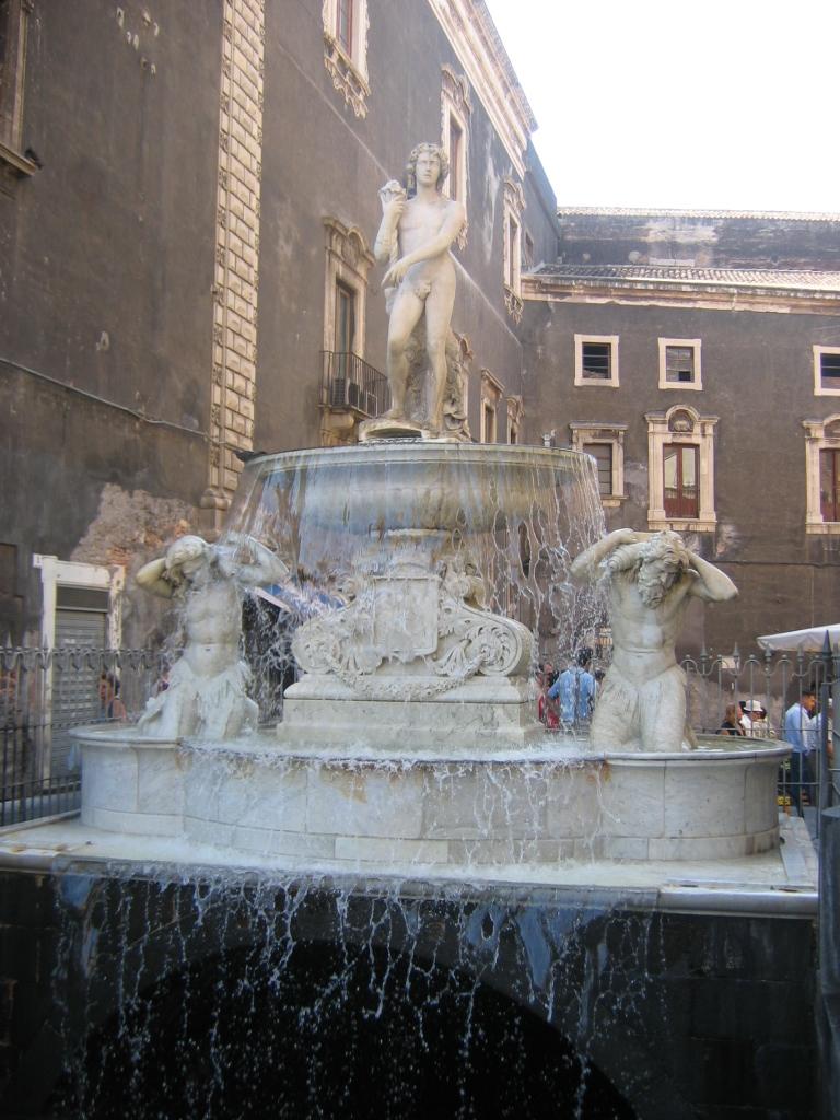 Fontana dell 39 amenano wikipedia for Tito d emilio arredamenti catania