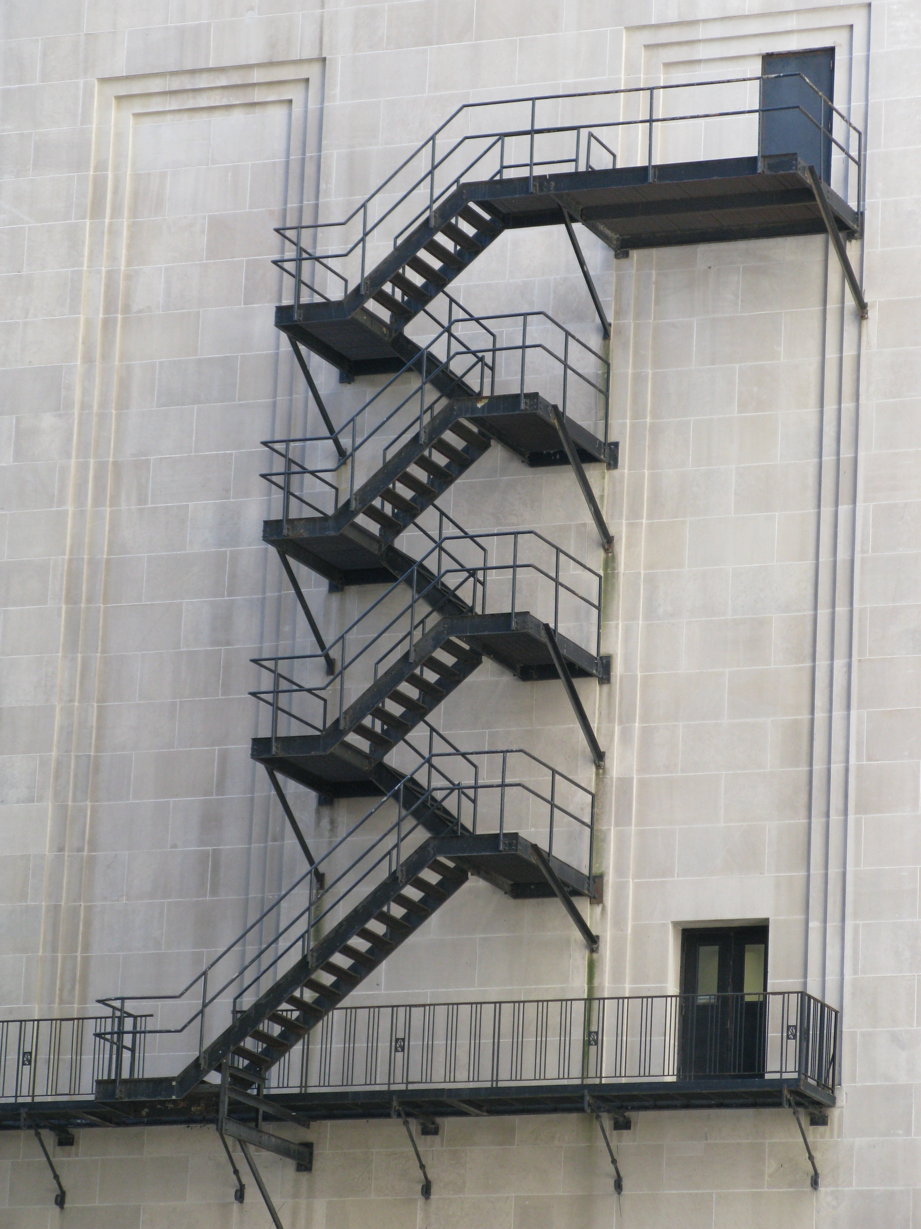File:Chicago Board Of Trade Fire Escape Stairs