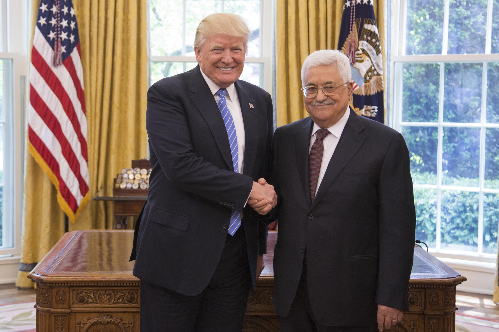 File Donald Trump And Mahmoud Abbas In The Oval Office