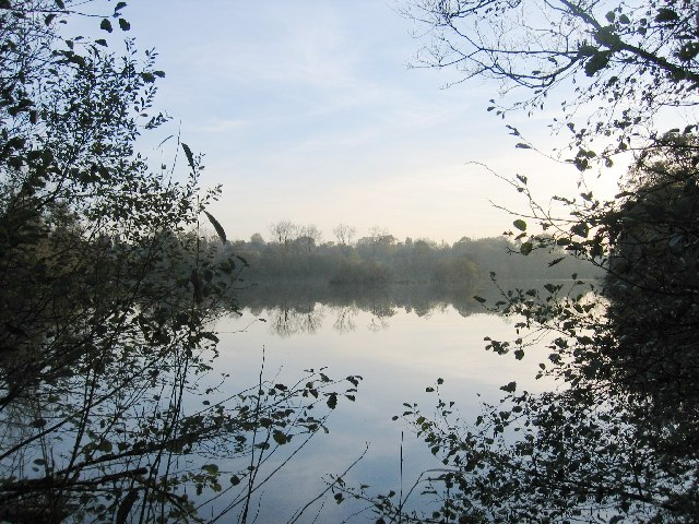 Earlswood Lakes - Terry's Pool - geograph.org.uk - 81401