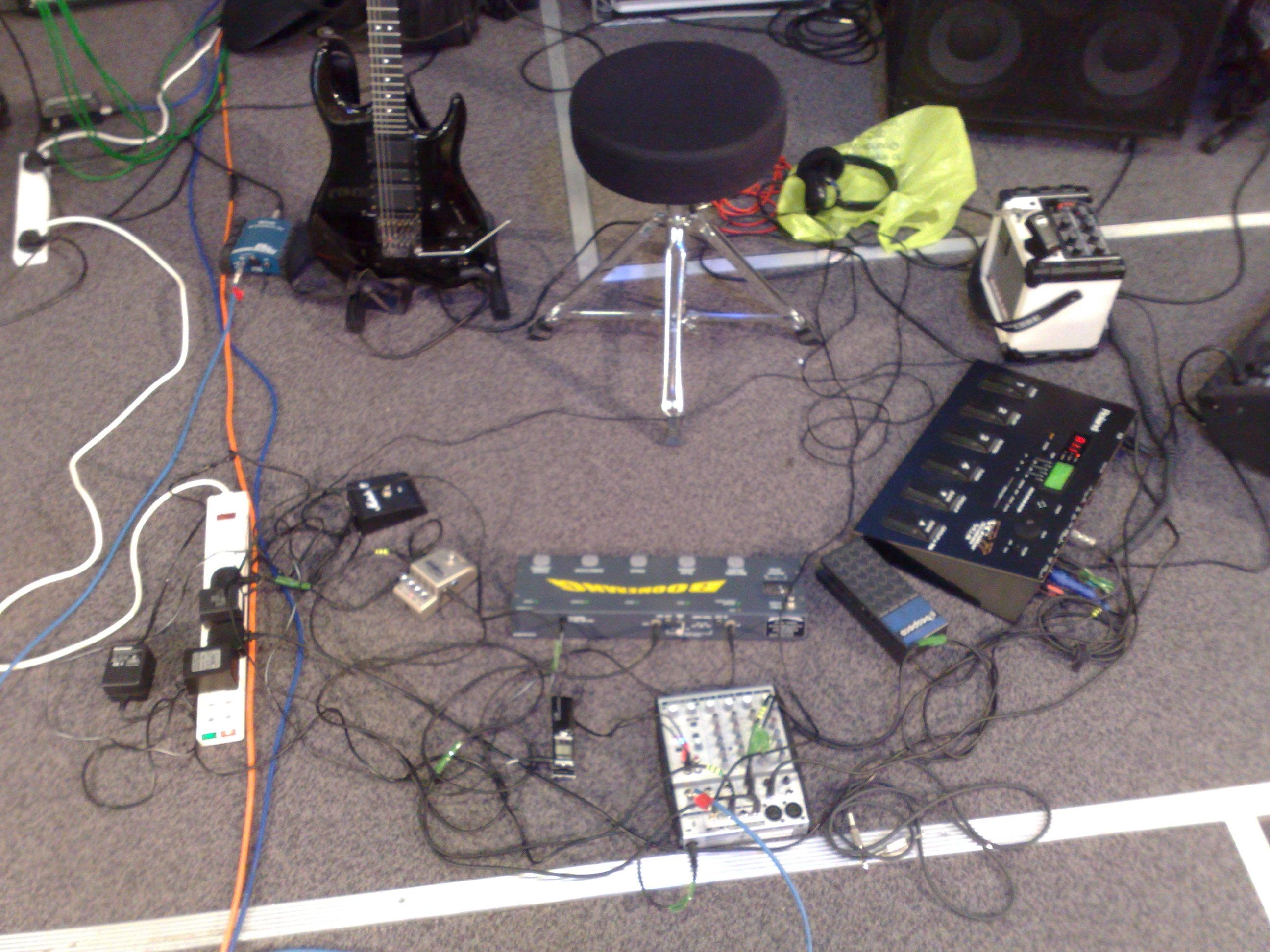 guitar looping machine