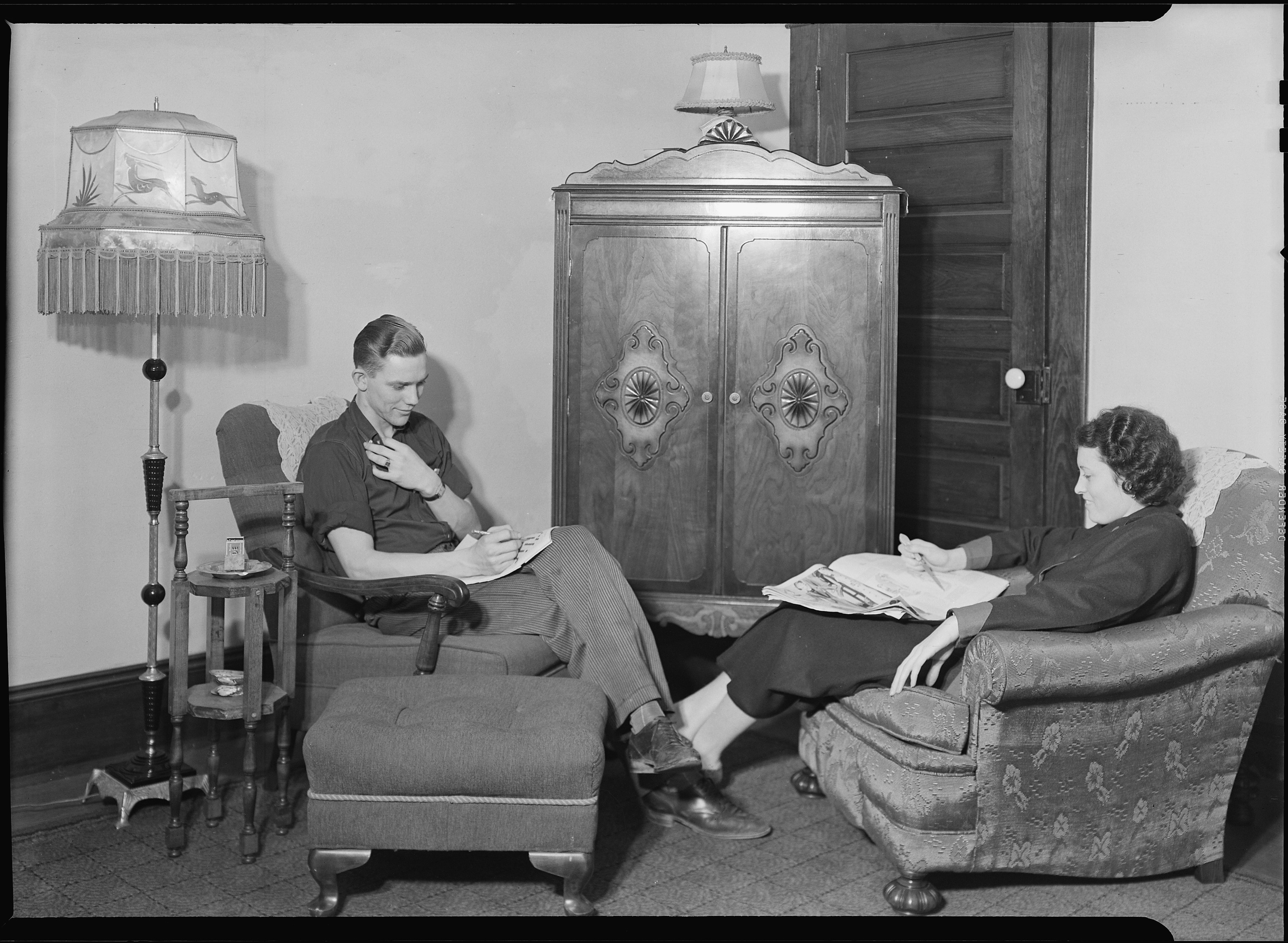 File:High Point, North Carolina   Housing. Bedroom And Living Room In