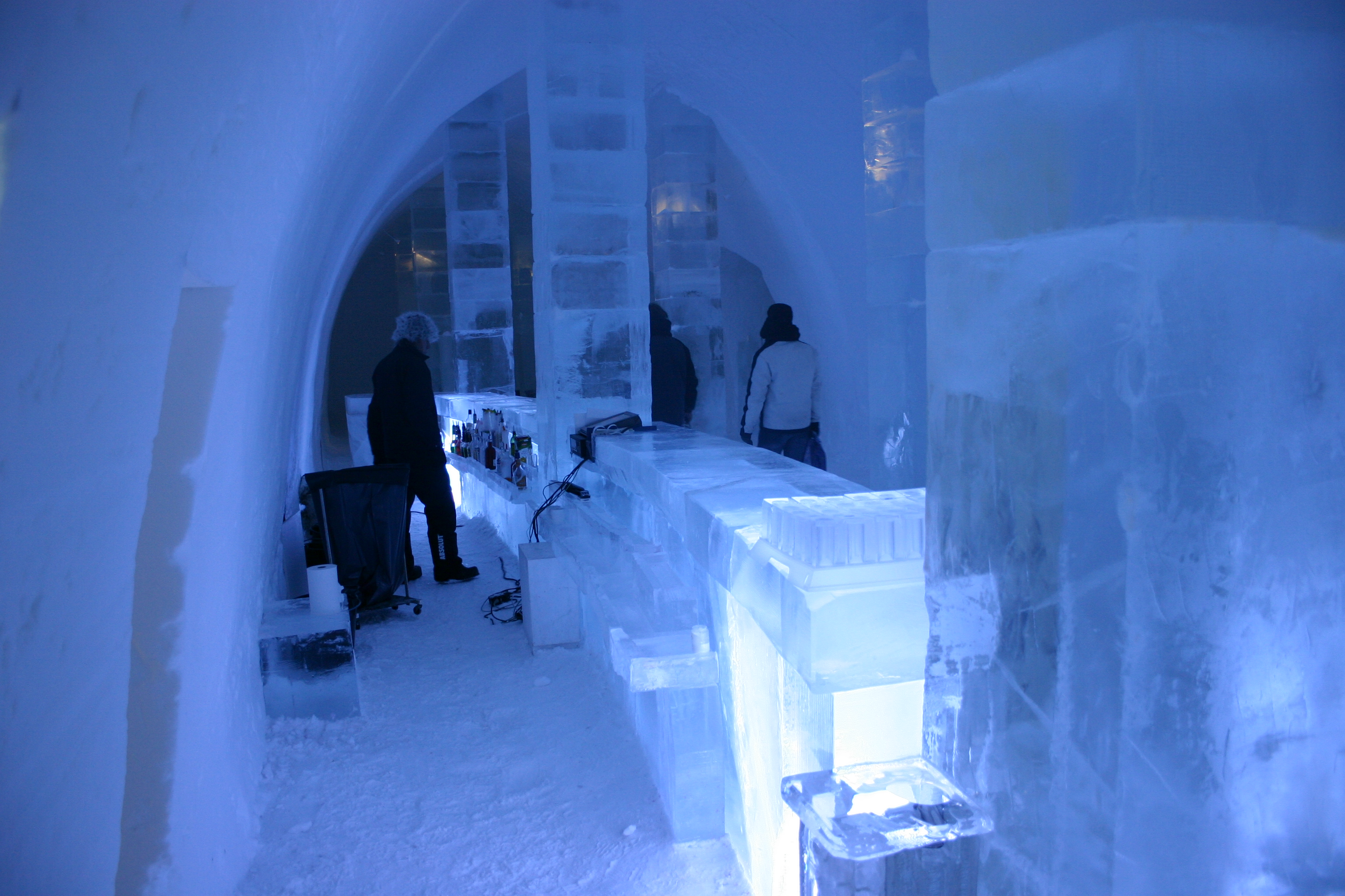 file icehotel se 31 jpg wikimedia commons. Black Bedroom Furniture Sets. Home Design Ideas