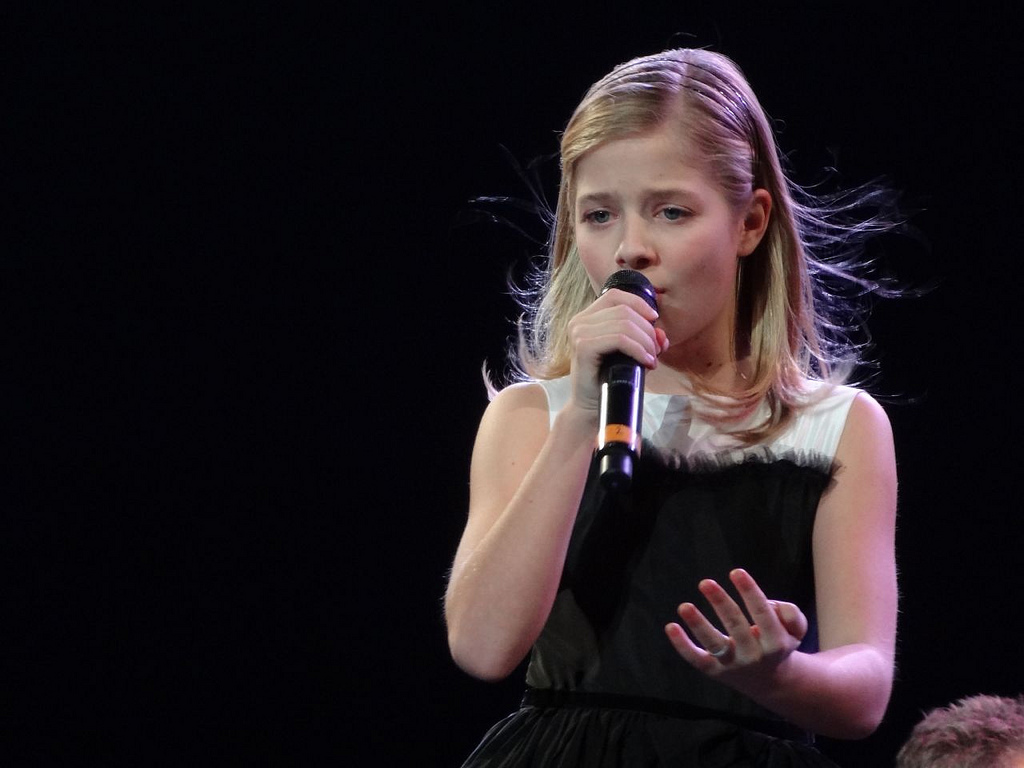 File jackie evancho in black dress at mandalay bay jpg wikimedia