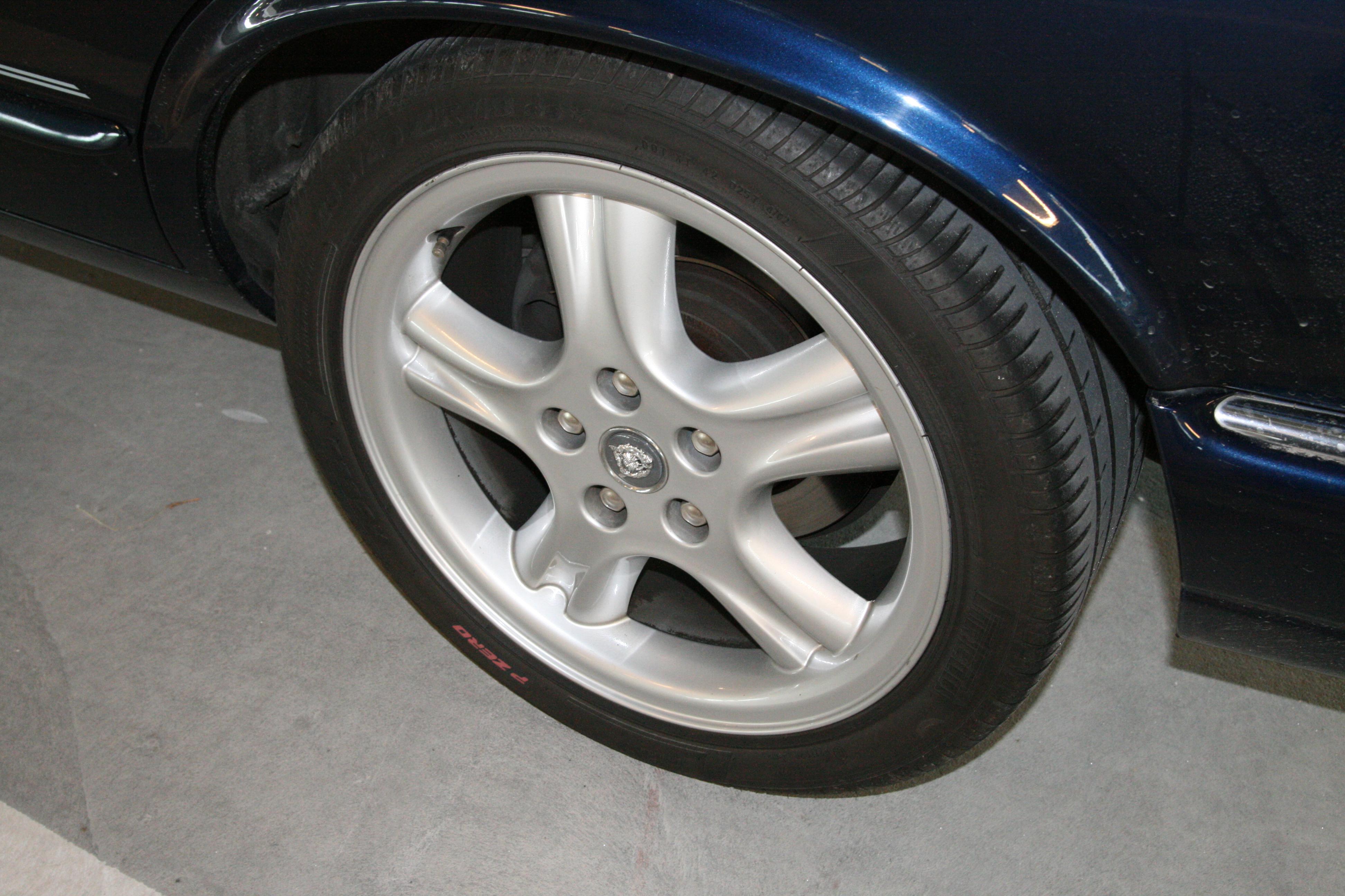 original page catalog rim front factory xe for sale jaguar wheels wheel used
