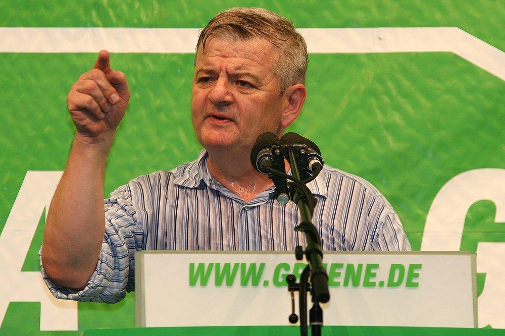 Joschka Fischer 2005.jpg