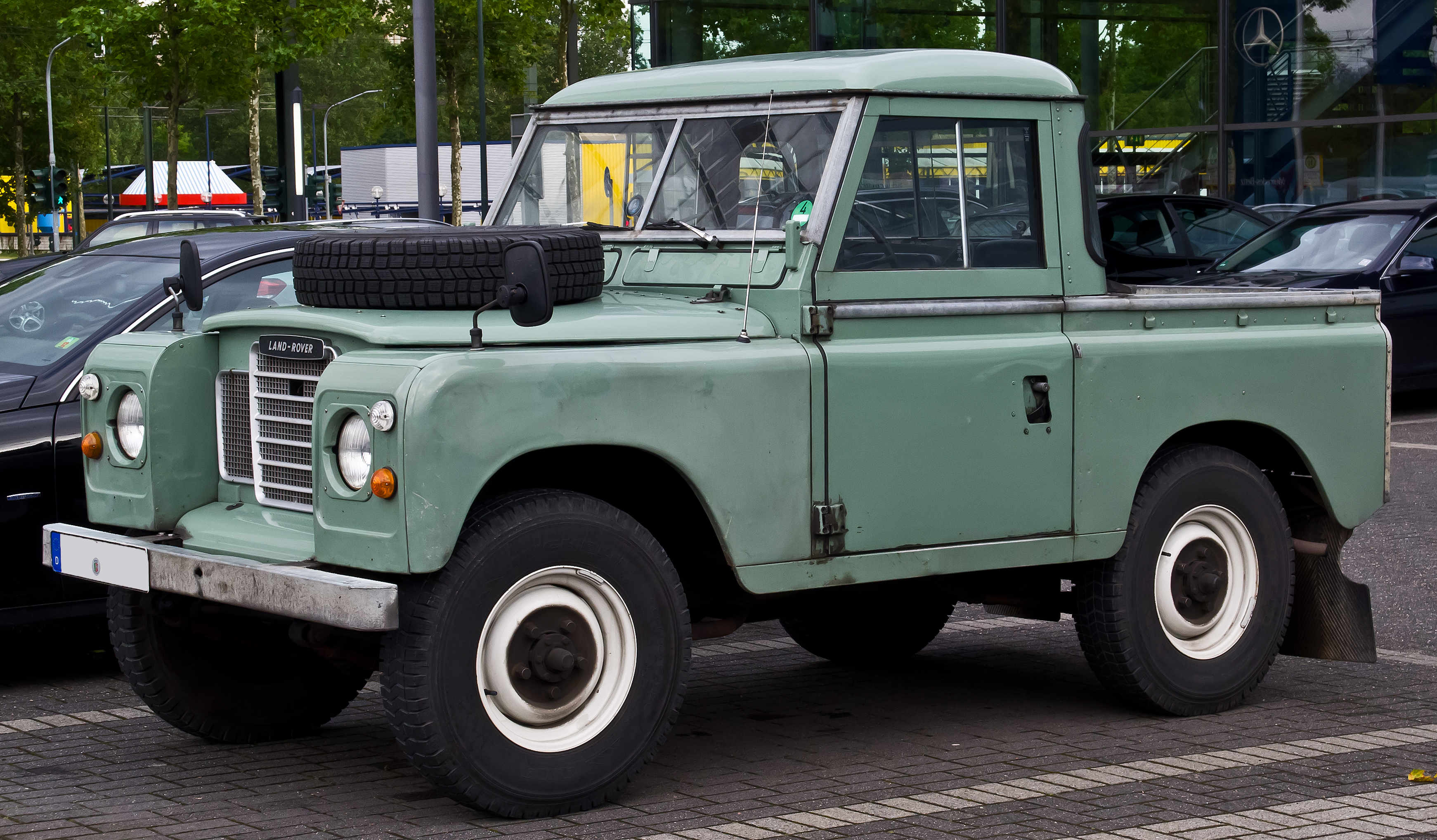 file land rover series iii pick up frontansicht 5 juli 2014 d wikimedia commons. Black Bedroom Furniture Sets. Home Design Ideas