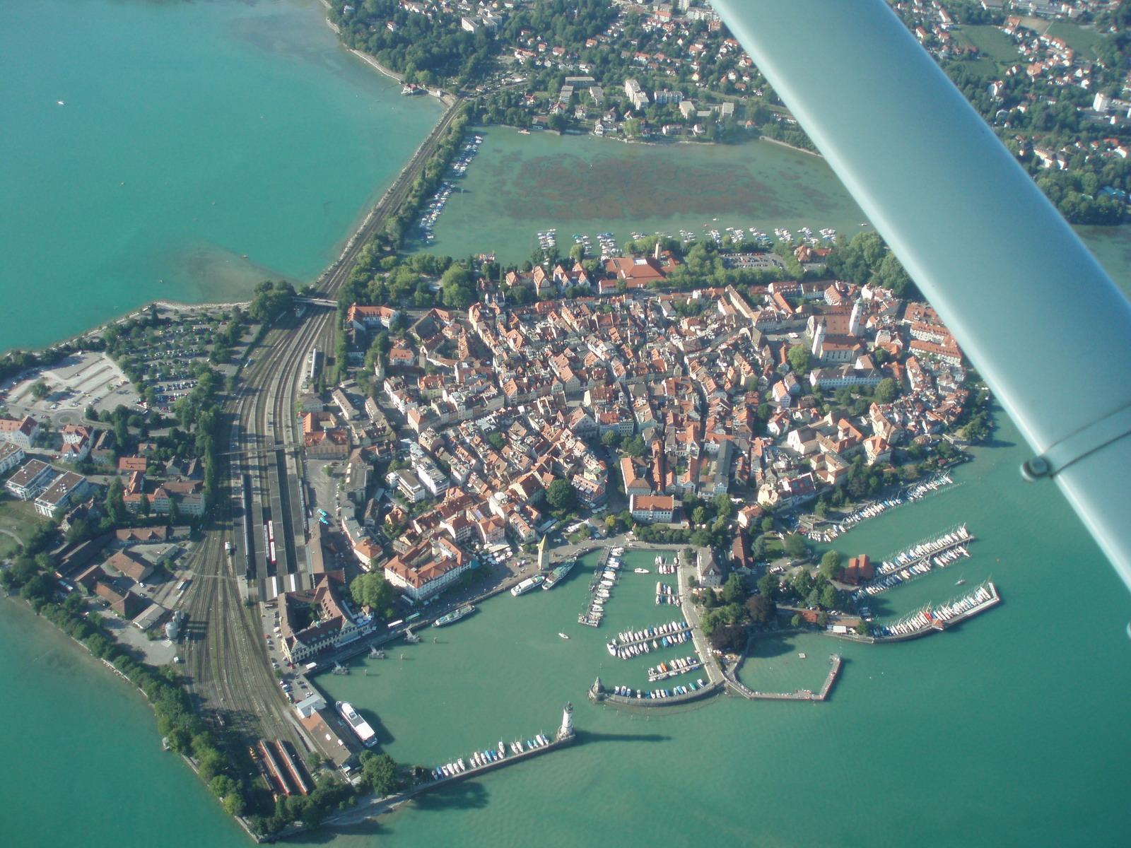 File Lindau Insel Luftbild Jpg Wikimedia Commons