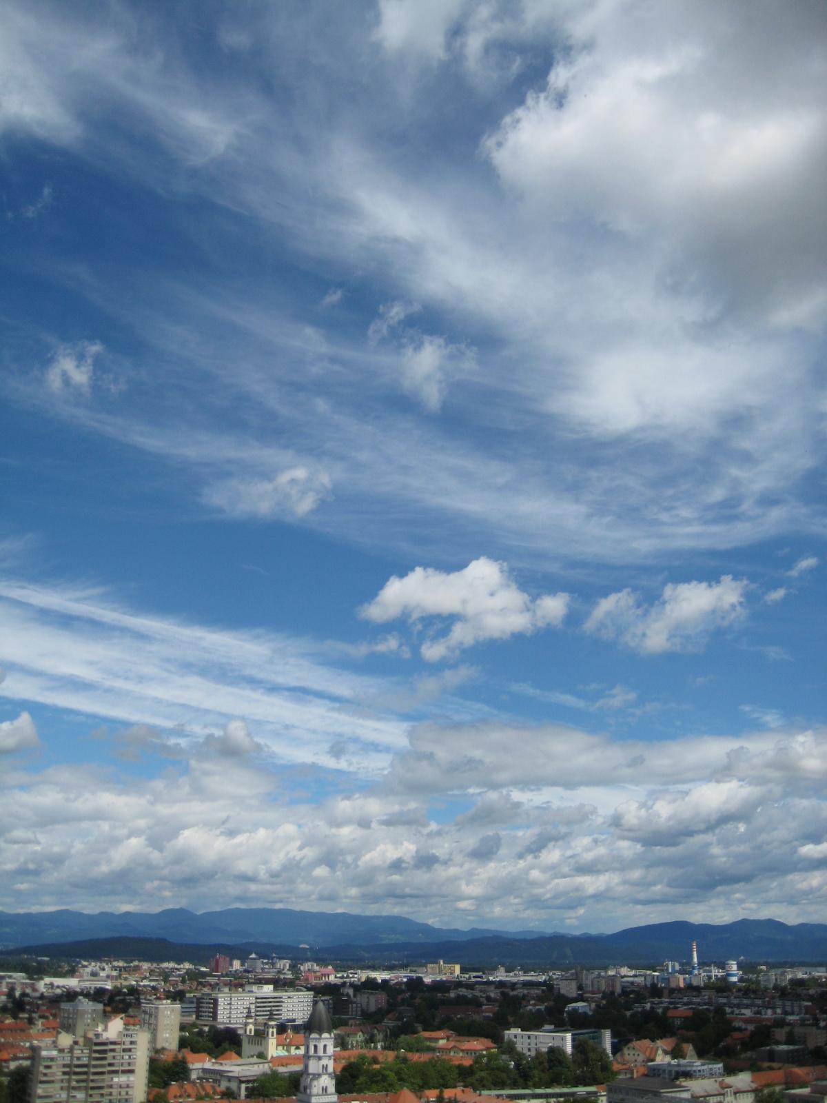 File Ljubljana View With Sky
