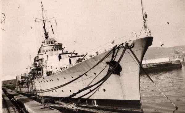 Mendez Nunez 1944