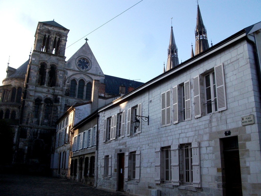 Maisons canoniales ch lons en champagne wikip dia for Maison chalons en champagne