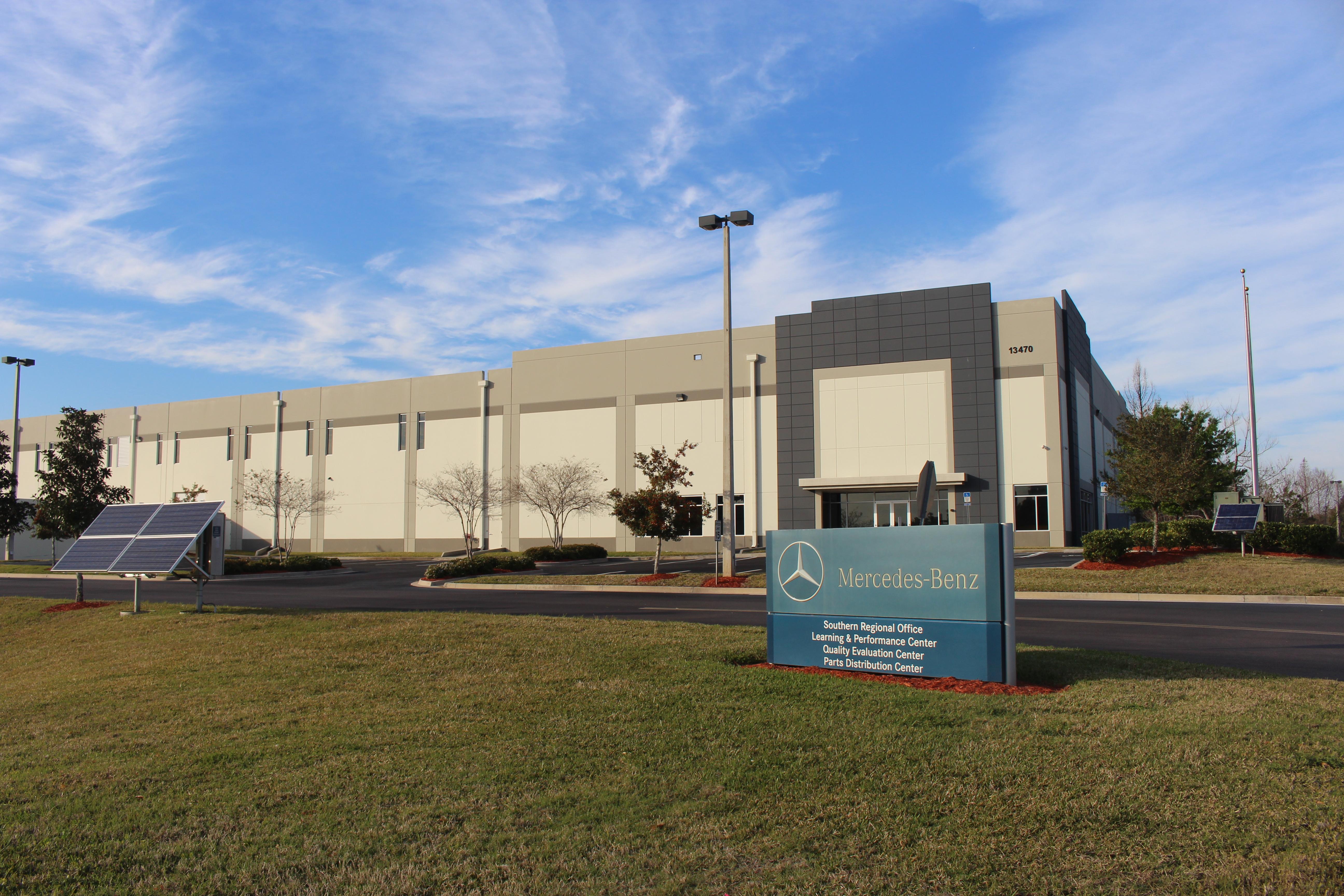 File:Mercedes Benz Southern Regional Office, Jacksonville International  Tradeport