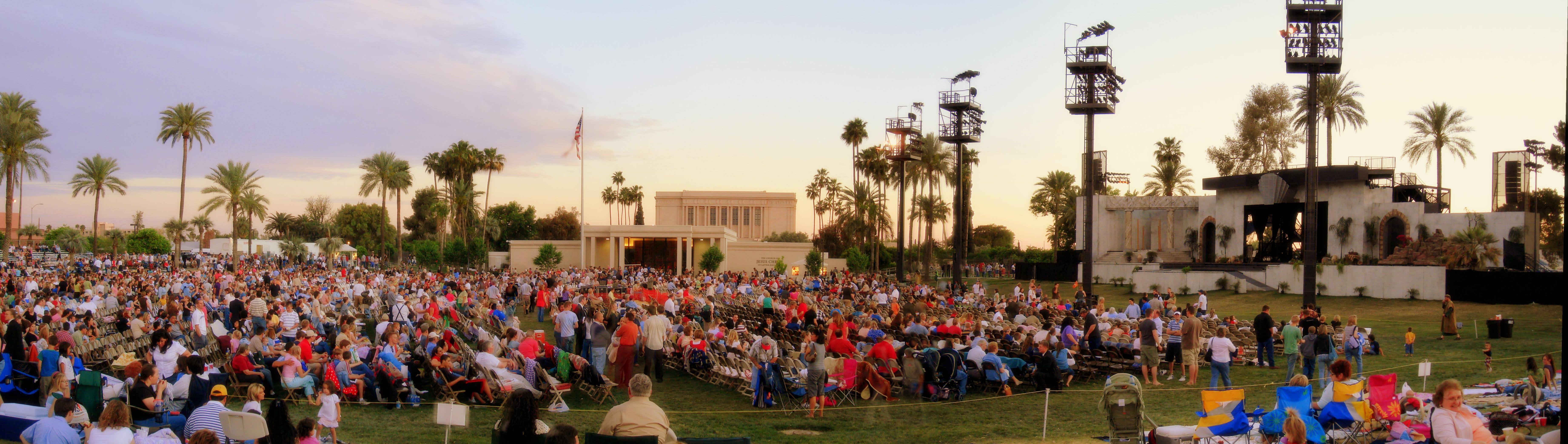 English: Panoramic view of the Mesa Easter Pageant