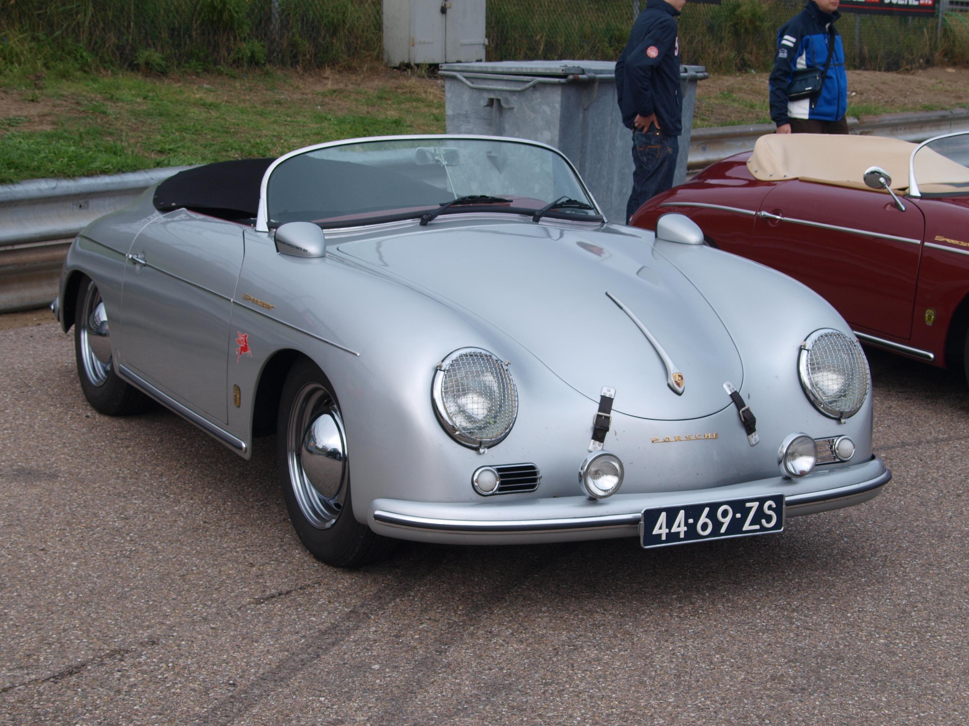 File Nationale Oldtimerdag Zandvoort 2010 1967 Porsche 356 A Speedster 44 69 Zs Pic2 Jpg