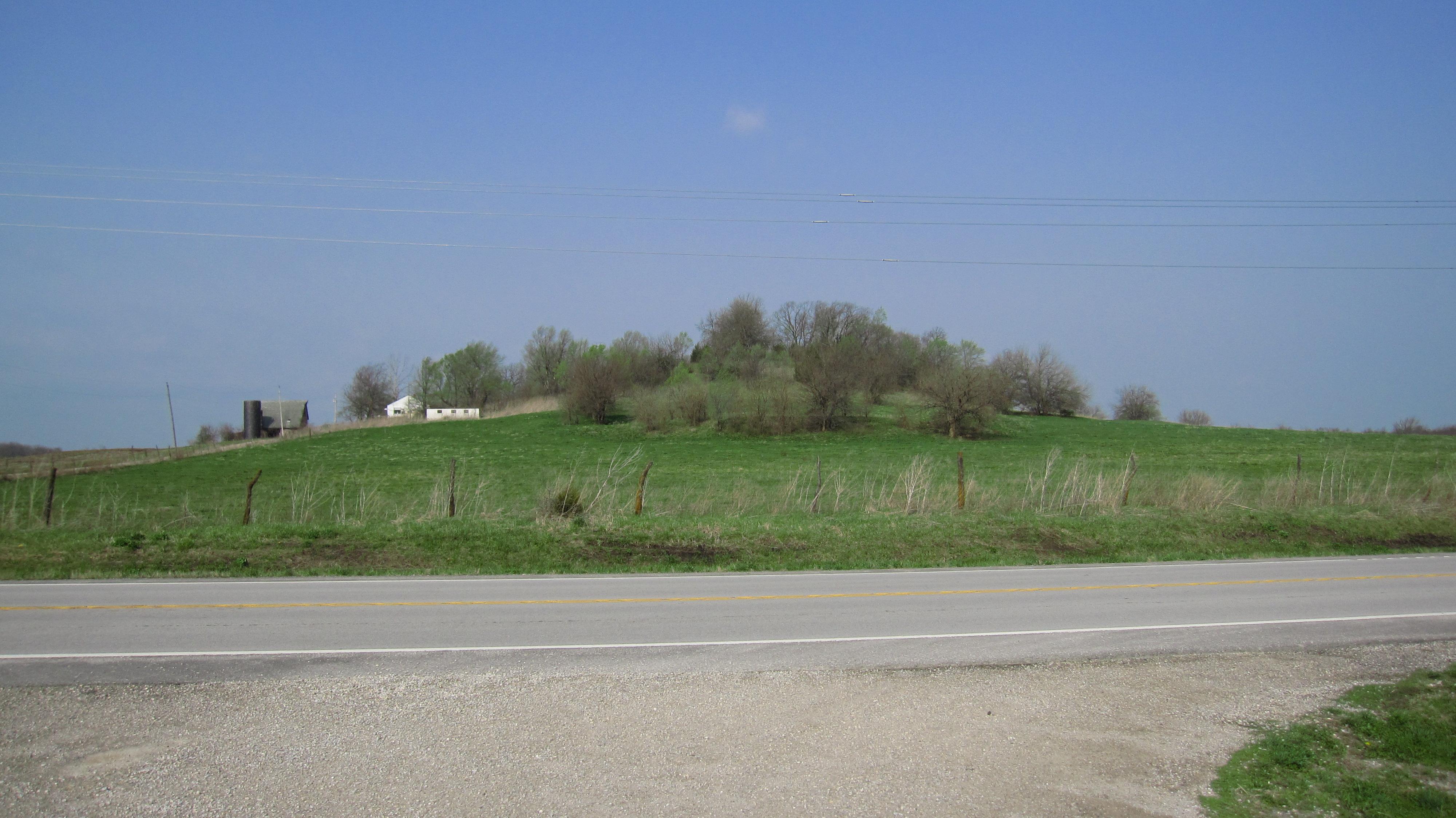 File:Old Indian Burial Mound, Tina, Missouri - panoramio jpg