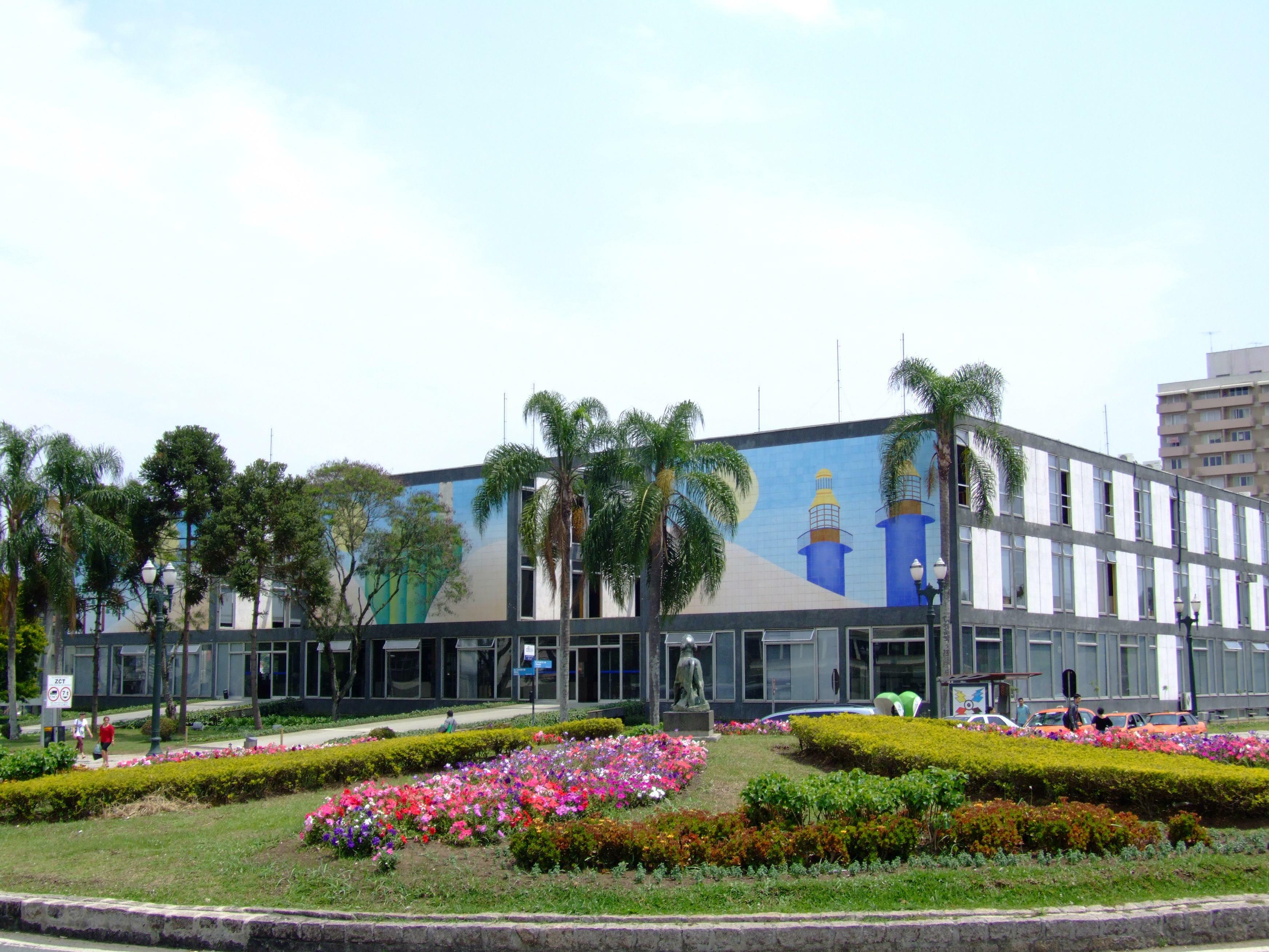 Resultado de imagem para imagens da prefeitura de curitiba