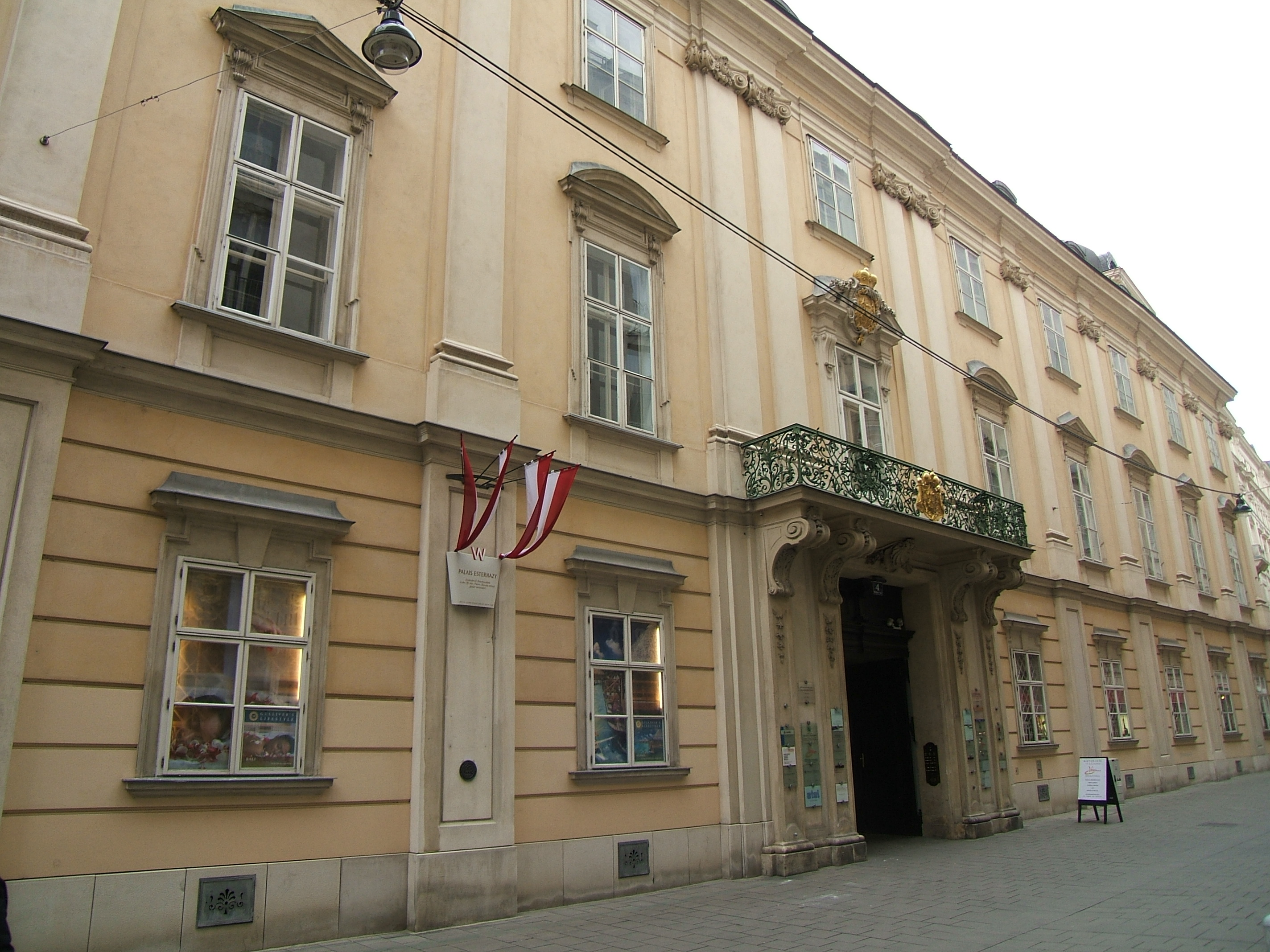 Palais Esterházy Wallnerstraße 4.JPG