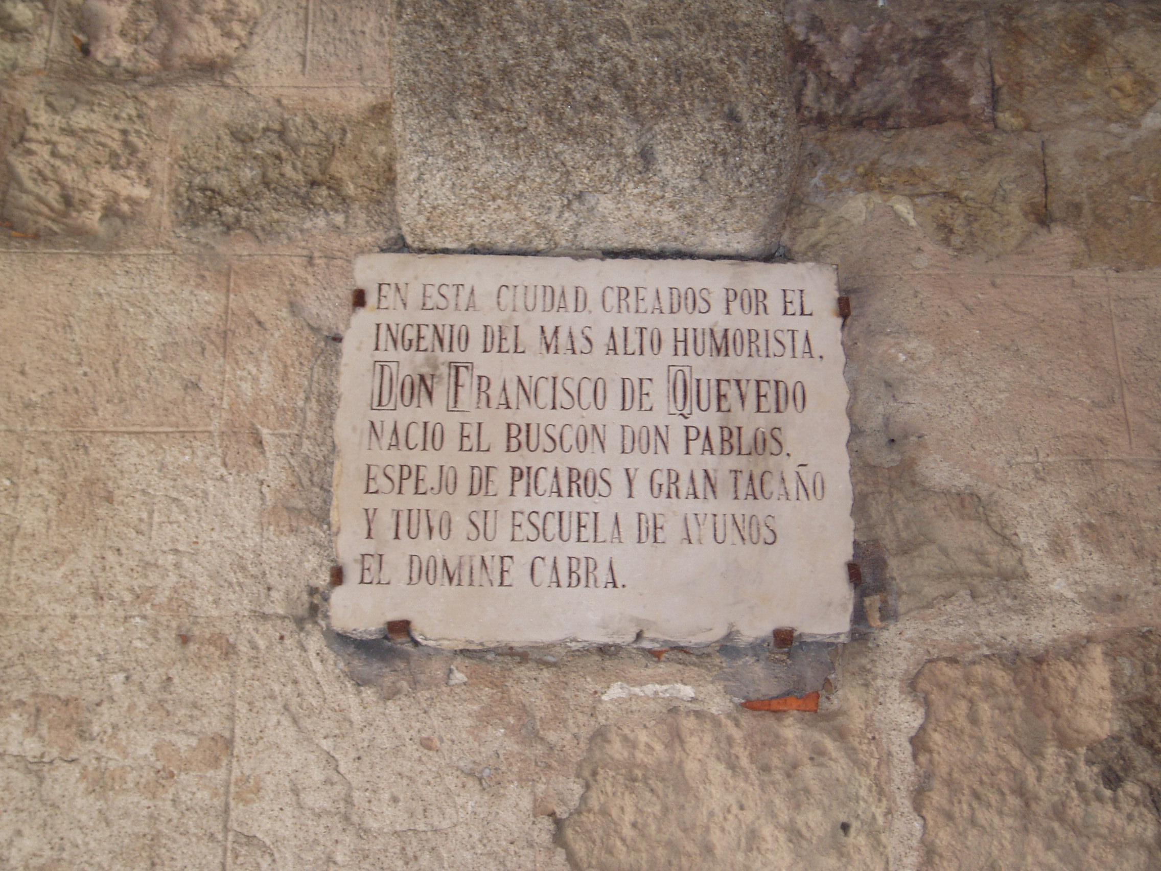 Placa dedicada a El Buscón en Segovia.