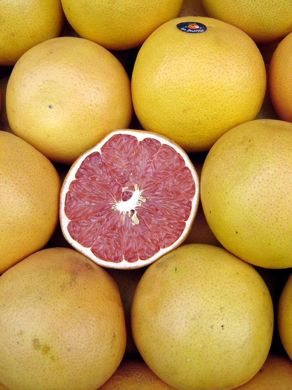 Grapefruit pomelo