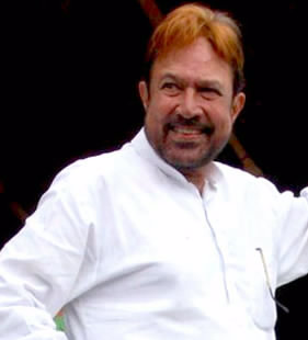 "Rajesh Khanna in 2010. The first Indian actor to be called a ""superstar"", he starred in 15 consecutive hit films from 1969 to 1971. RajeshKhanna.jpg"