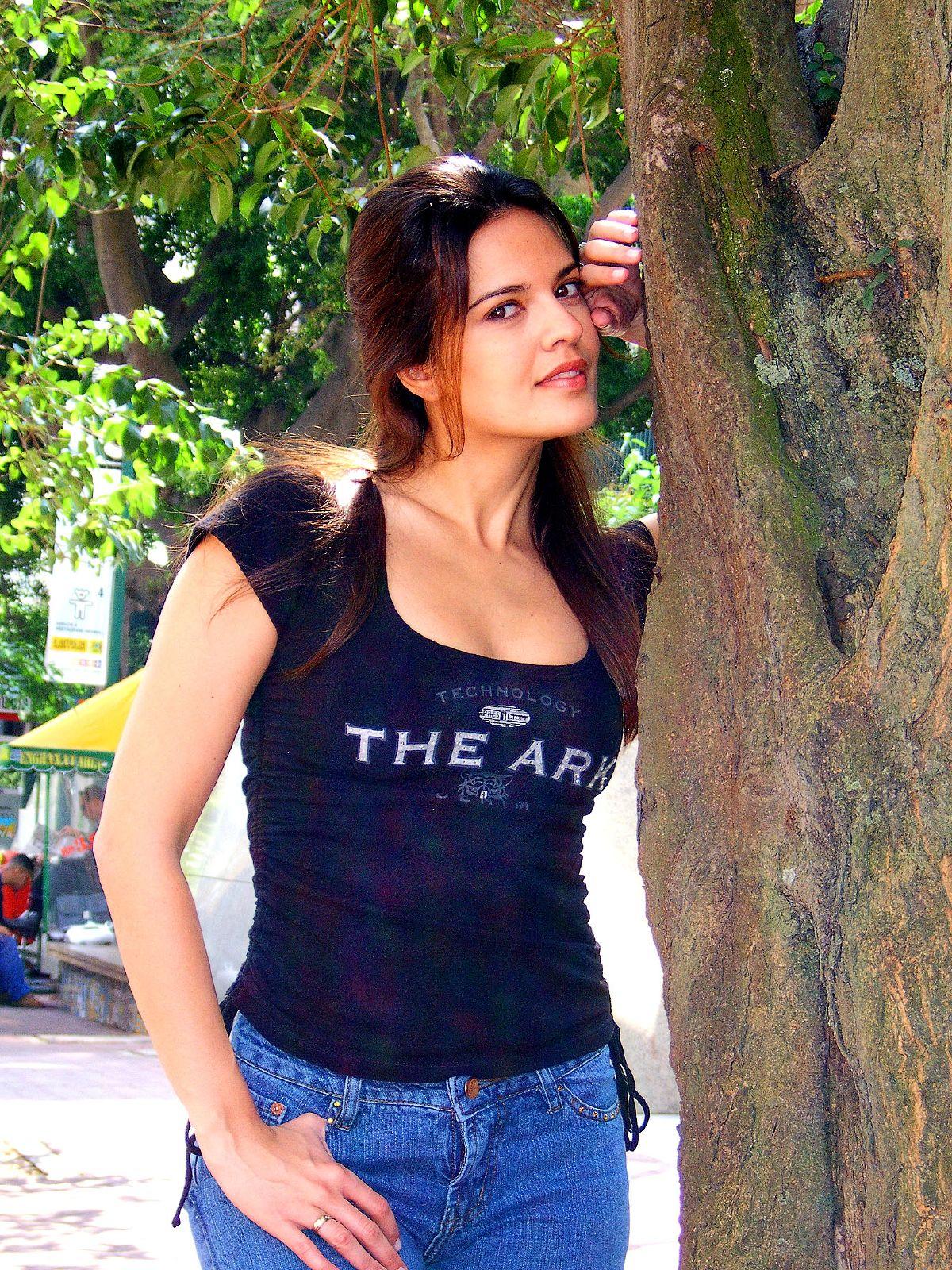 File Raquel Nunes 4 Jpg Wikimedia Commons