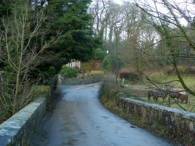 File:Road to East and West Hook - geograph.org.uk - 1724193.jpg