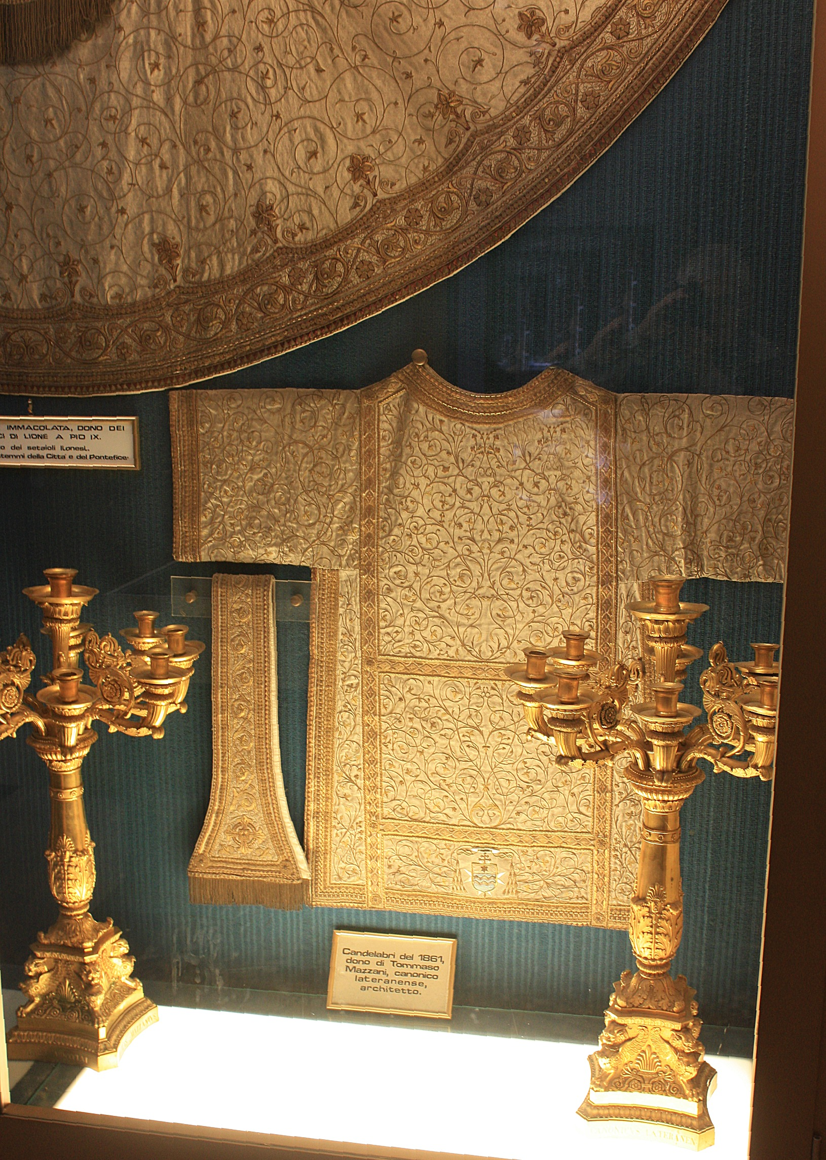 File:Rom, San Giovanni in Laterano, im Museum im Kreuzgang ...