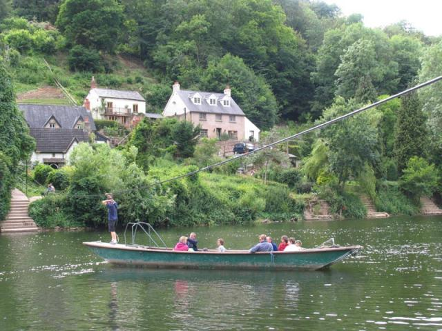 Rope Ferry at Symonds Yat - geograph.org.uk - 993
