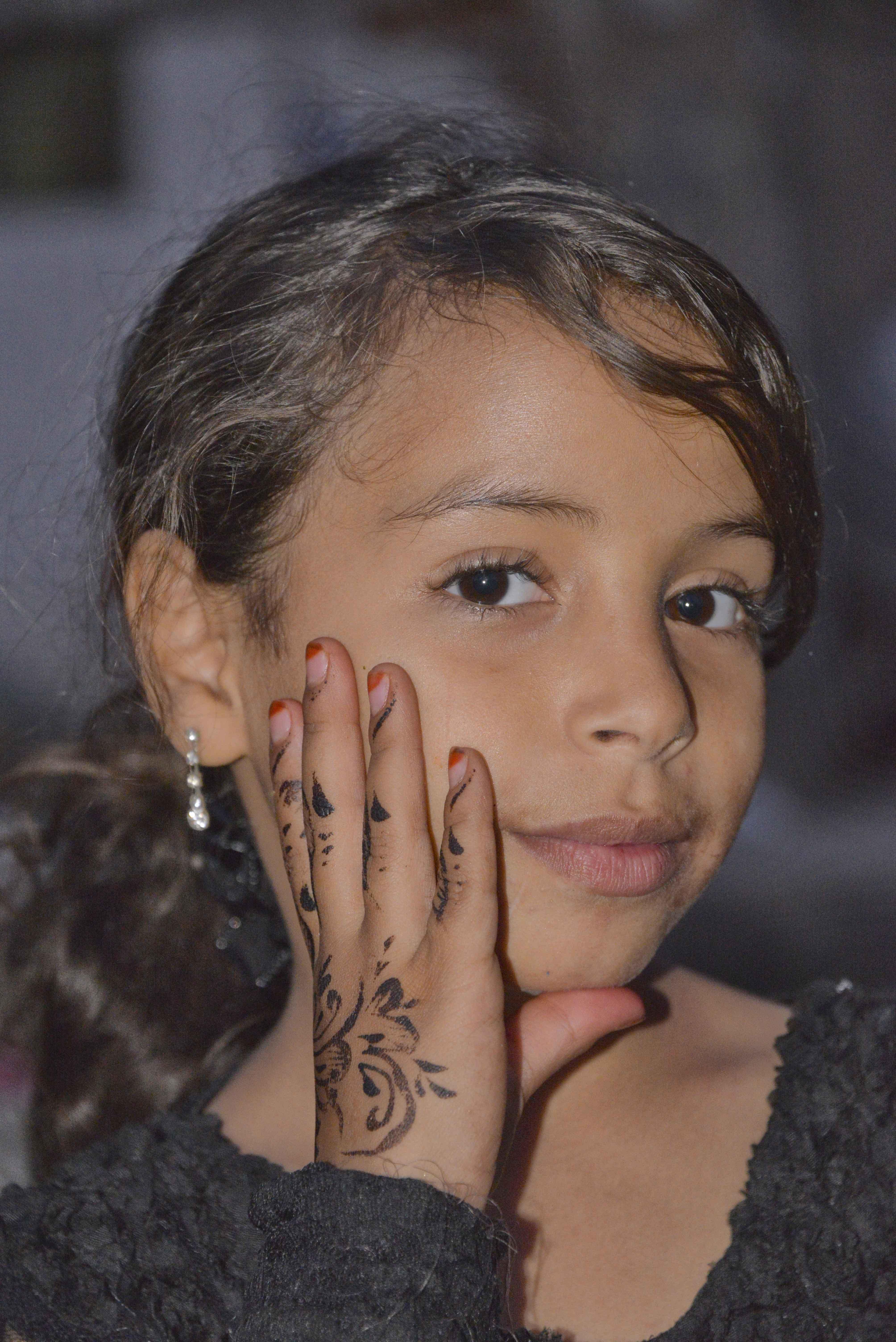 File Sana A Girl Yemen 12670945253 Jpg Wikimedia Commons
