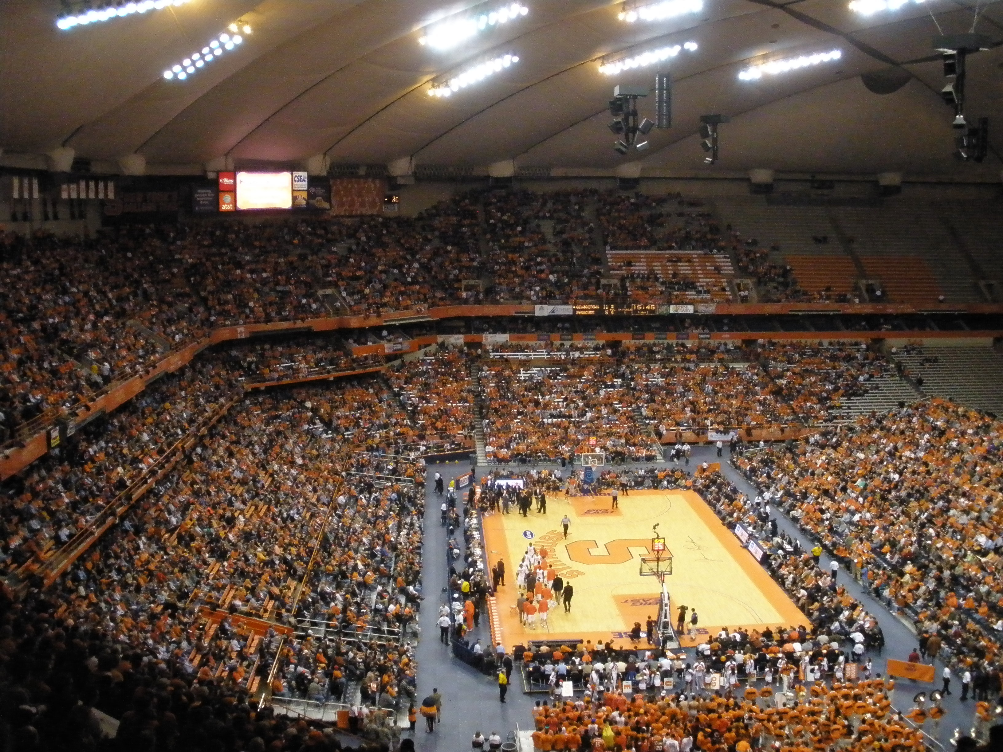 File Syracuse University Carrier Dome Basketball Game