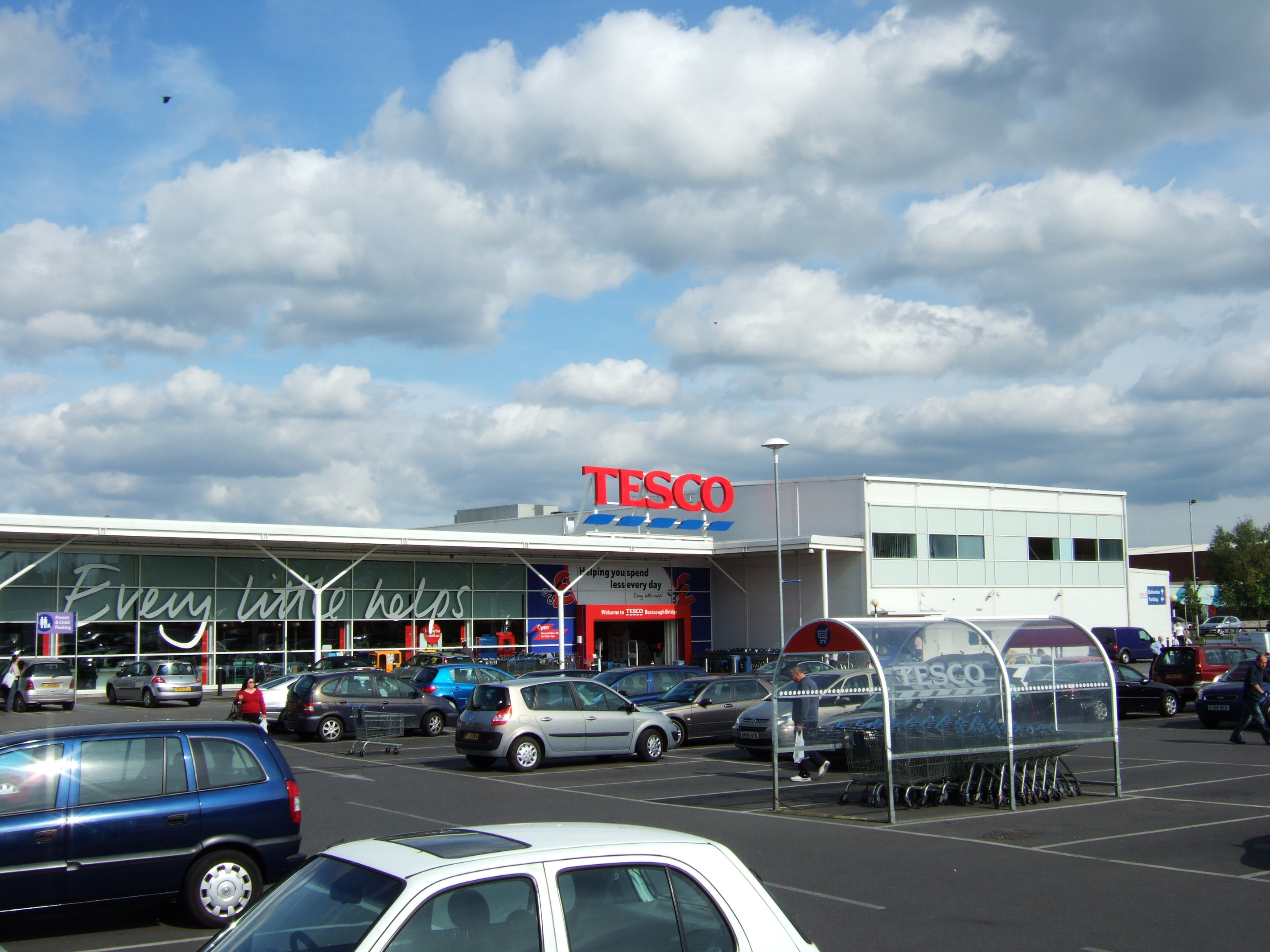 a history of tesco The uk's largest supermarket group, tesco, reported a return to profit for the 12 months to 27 february 2016, following its annus horribilis one year before having posted the worst losses in its history this time last year, tesco – under the stewardship of new ceo, dave lewis – has embarked on a period of.