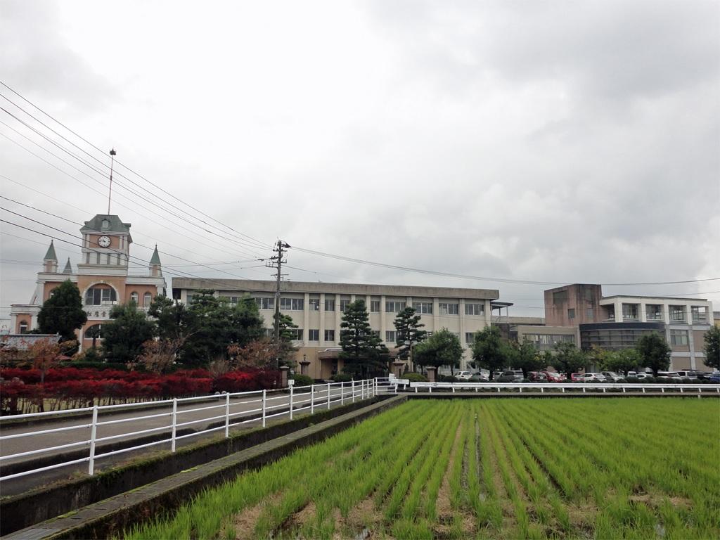 砺波高等学校