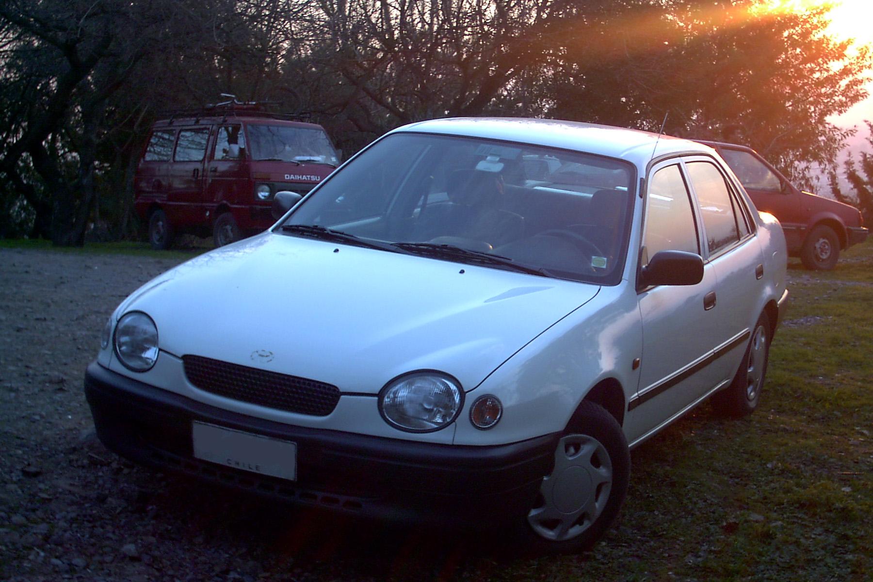 Kelebihan Toyota Corolla 1999 Spesifikasi