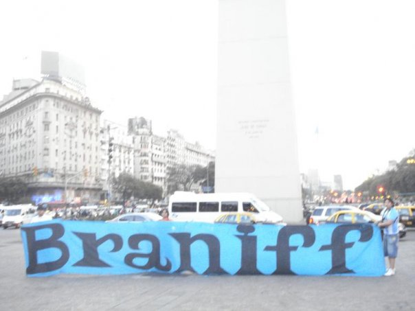File:Trapo de braniff en argentina.jpg