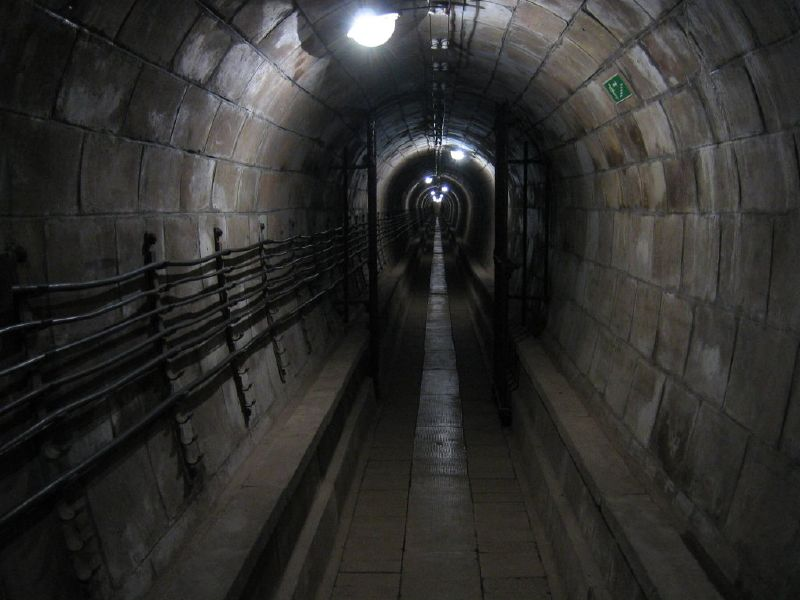File Tunnel In Mutzig Fort Mutzig Jpg Wikimedia Commons