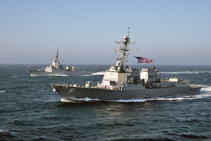USS Pinckney (foreground) with Spanish frigate Almirante Juan de Borbon (F102)