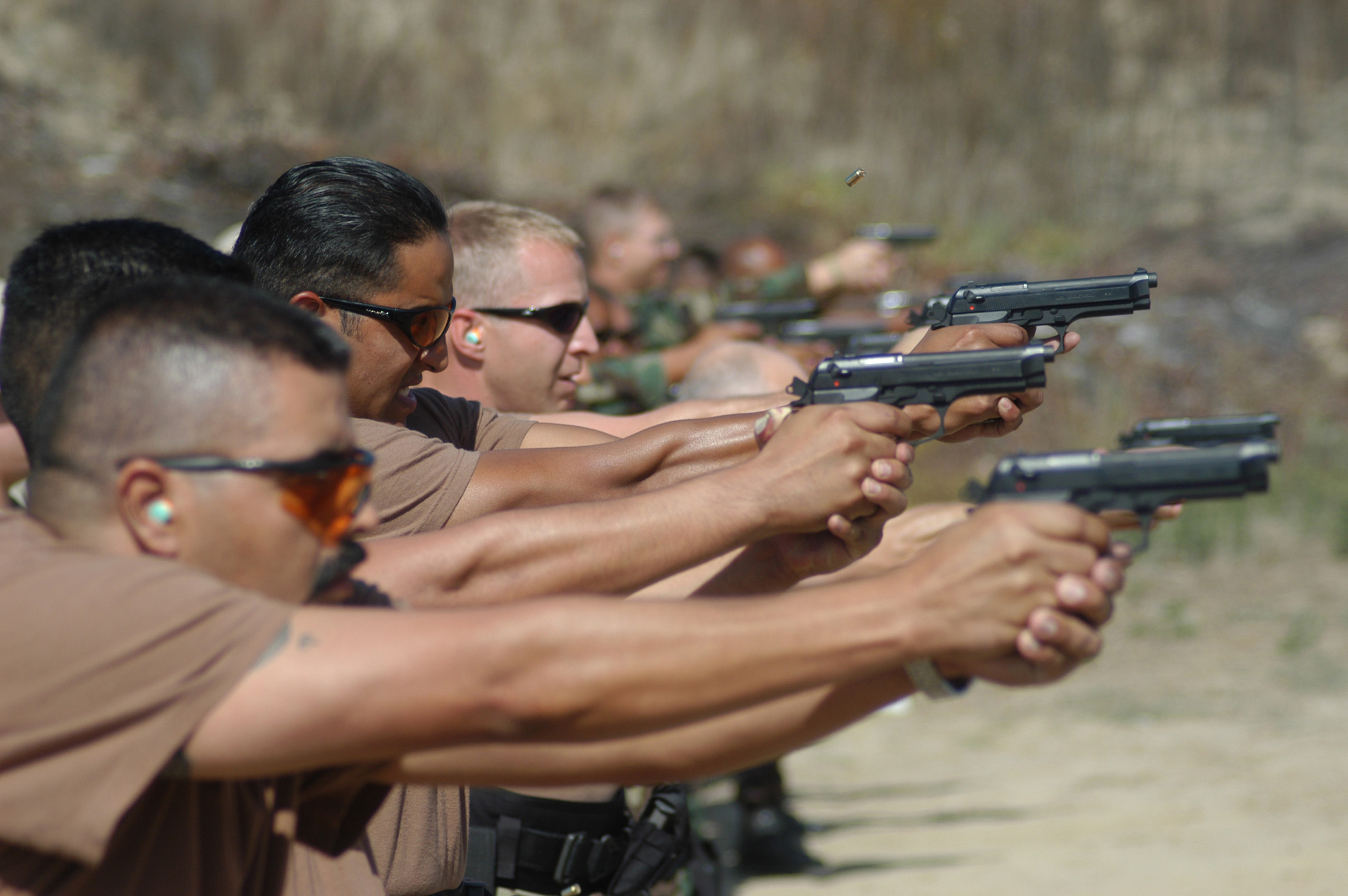 weapons training The department of veterans affairs is trying to figure out how to deal with veterans who may have brain damage from firing powerful weapons.