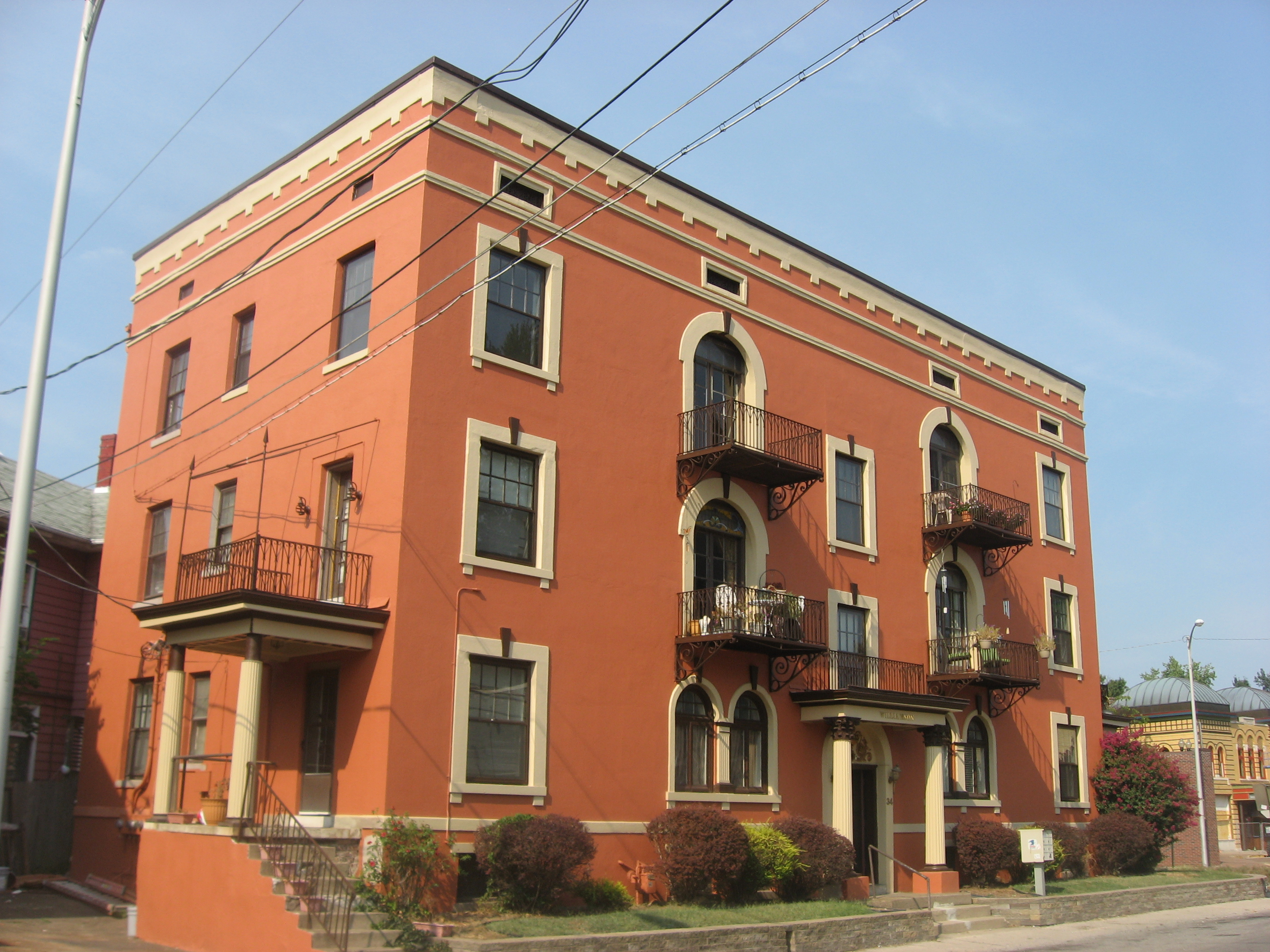File Williamson Apartments In Evansville Jpg Wikimedia Commons