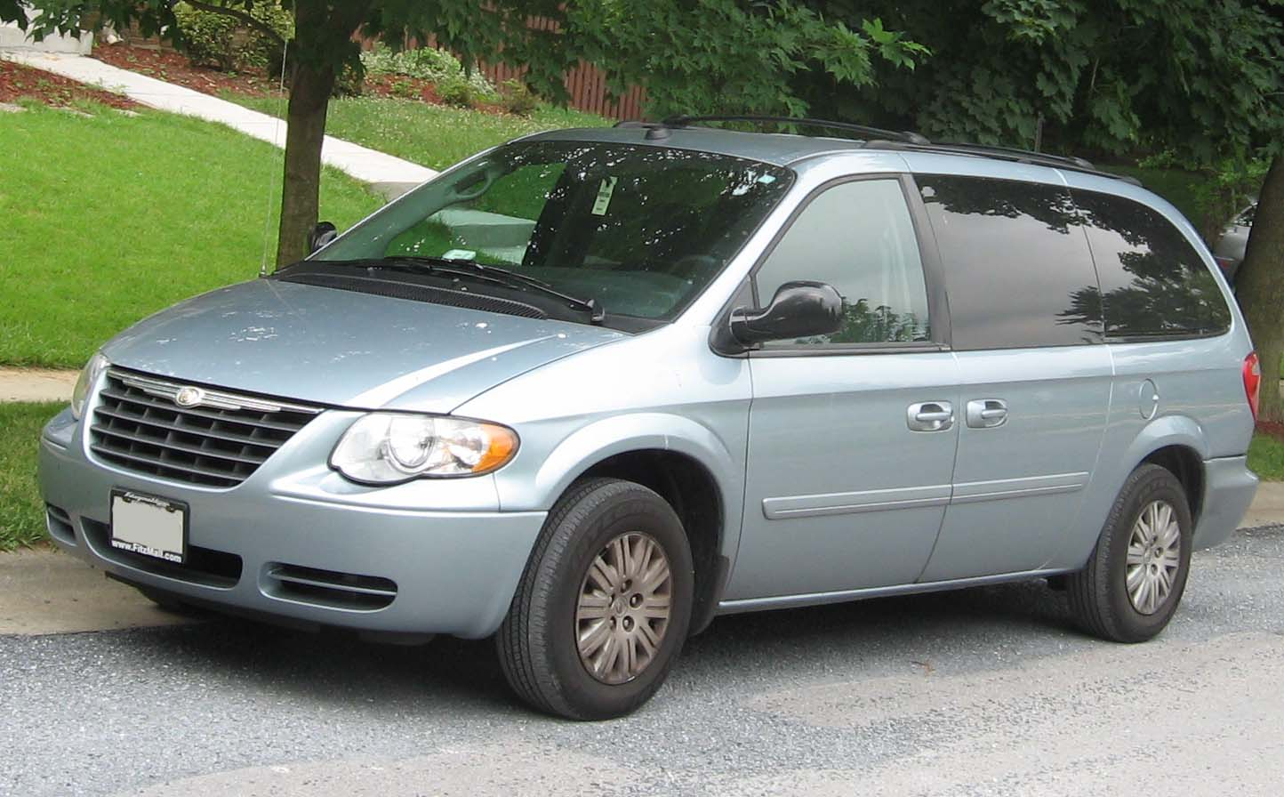 chrysler town and country dodge wiki autos post. Black Bedroom Furniture Sets. Home Design Ideas