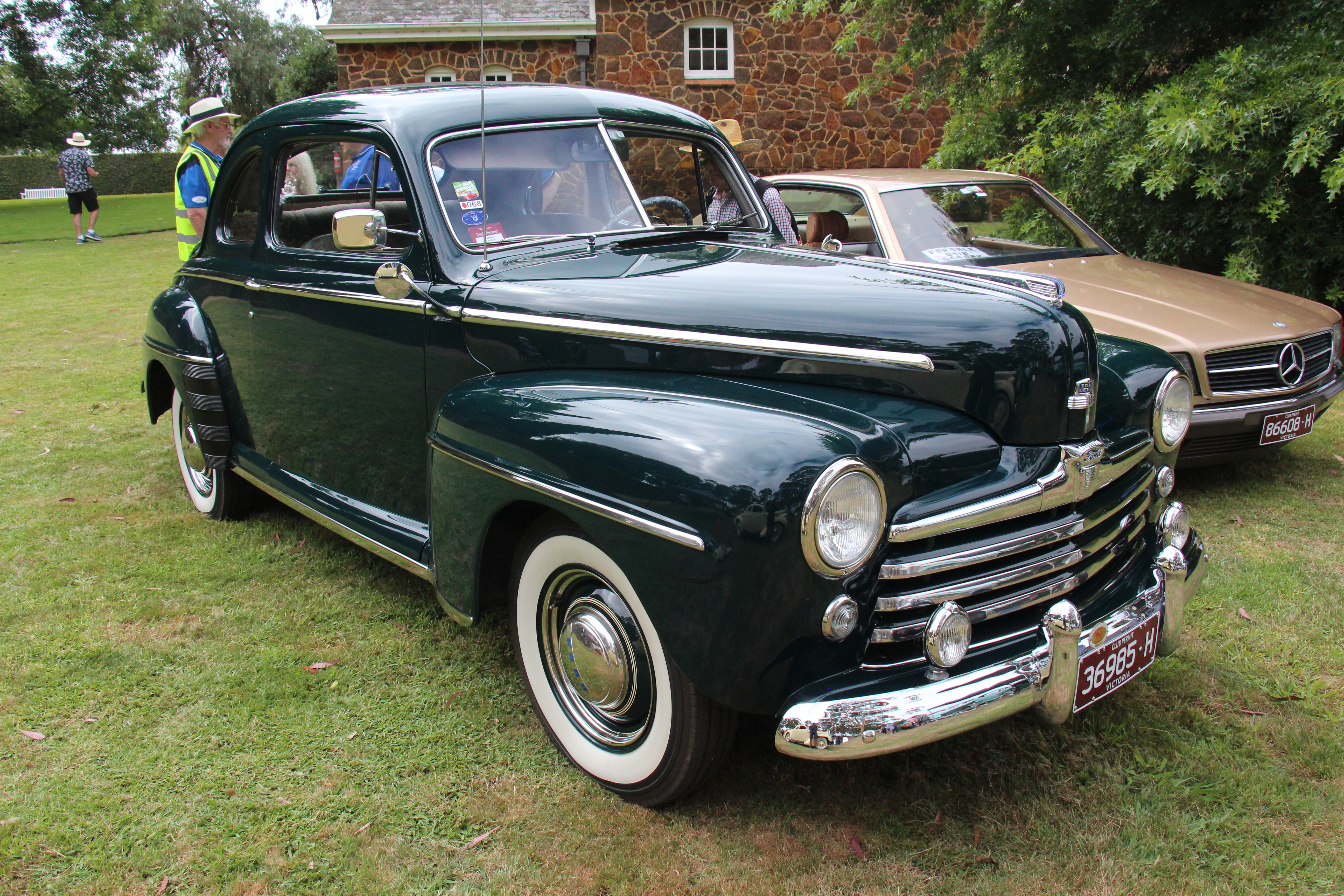 1948_Ford_Model_89A_Super_Deluxe_Coupe_(